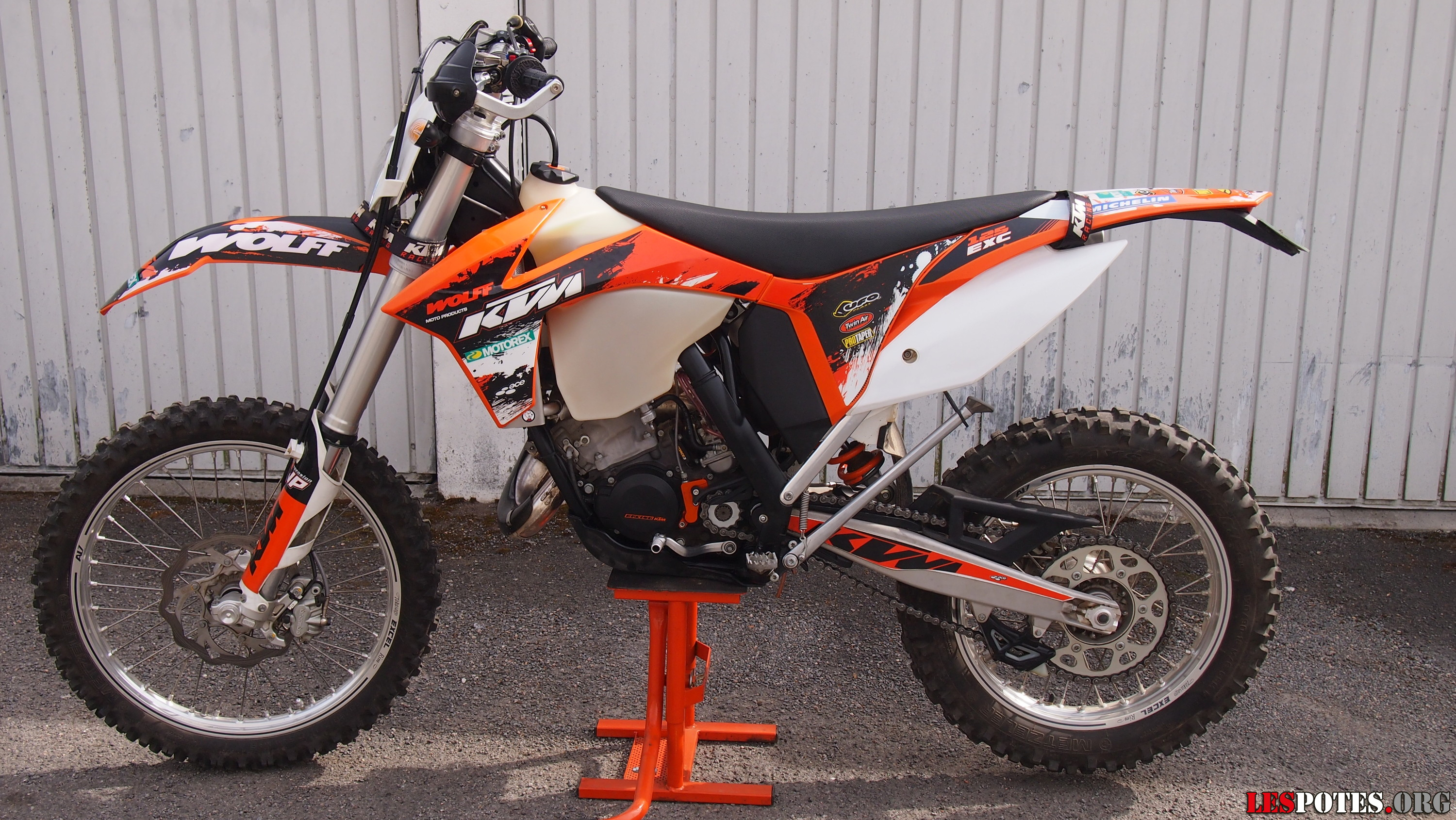 2008 ktm 125 exc pics specs and information. Black Bedroom Furniture Sets. Home Design Ideas