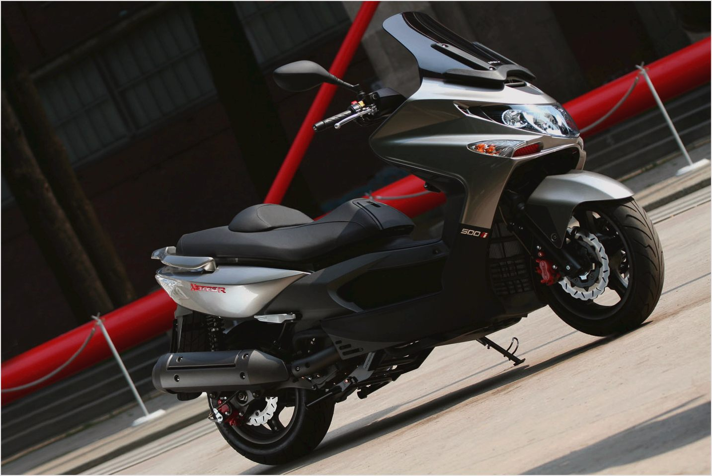 Kymco Xciting 500i 2010 images #102000