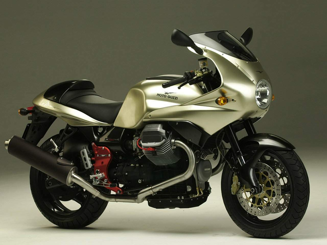 2003 moto guzzi v11 le mans pics specs and information. Black Bedroom Furniture Sets. Home Design Ideas