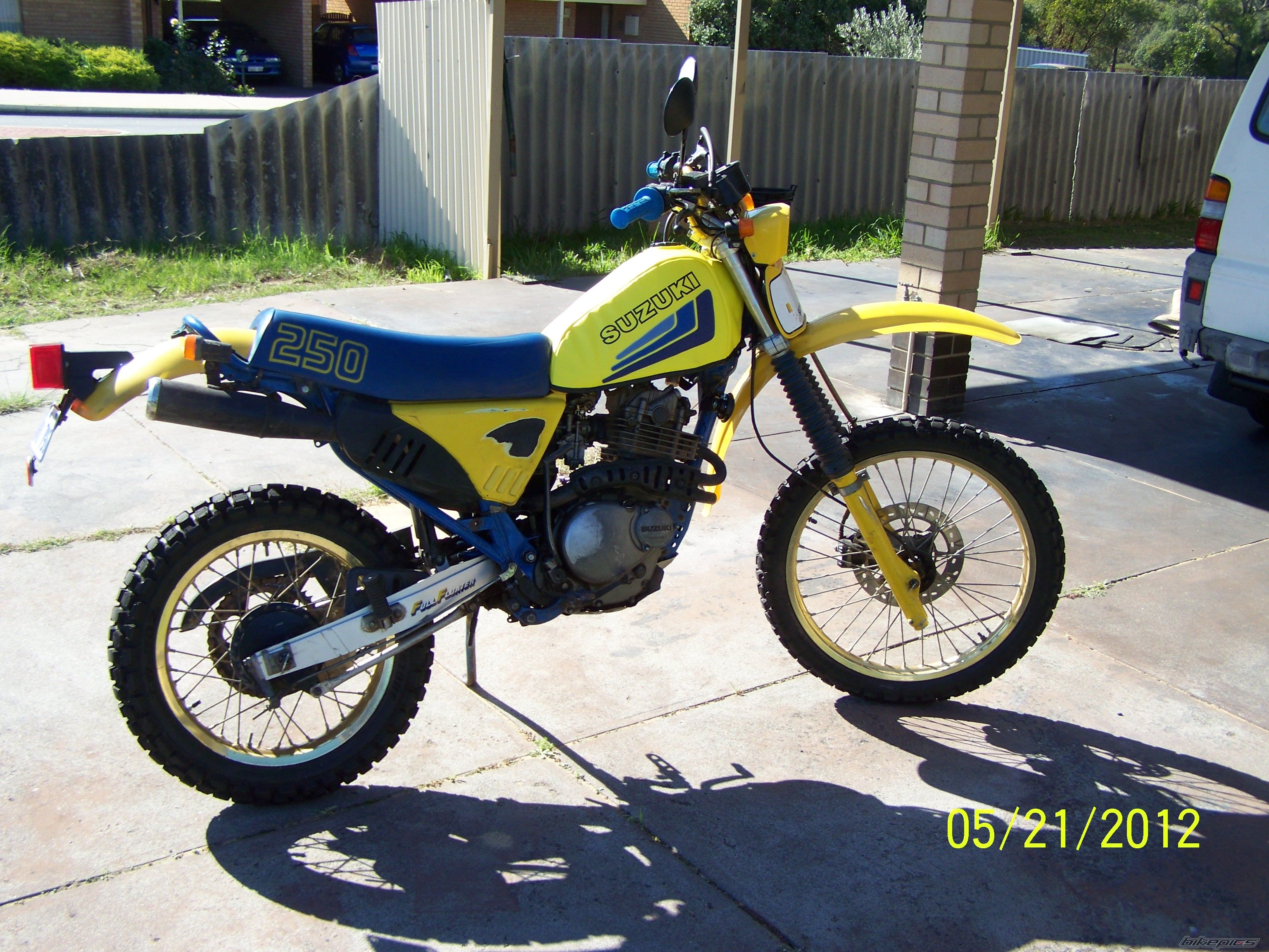 Suzuki Dr 250 Wiring 20 Diagram Images Diagrams Drz 1992 Moto Pics Specs And List Of Seriess By