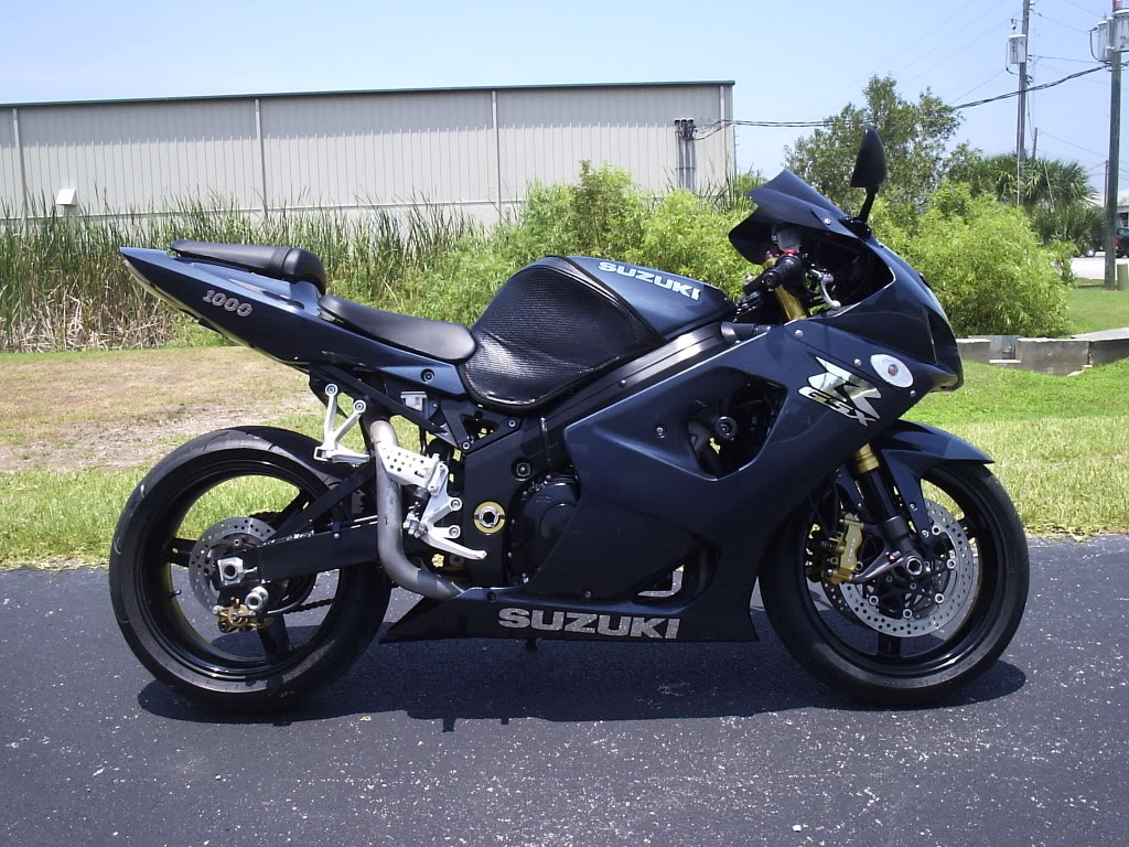 2003 suzuki gsx r 1000 pics specs and information. Black Bedroom Furniture Sets. Home Design Ideas