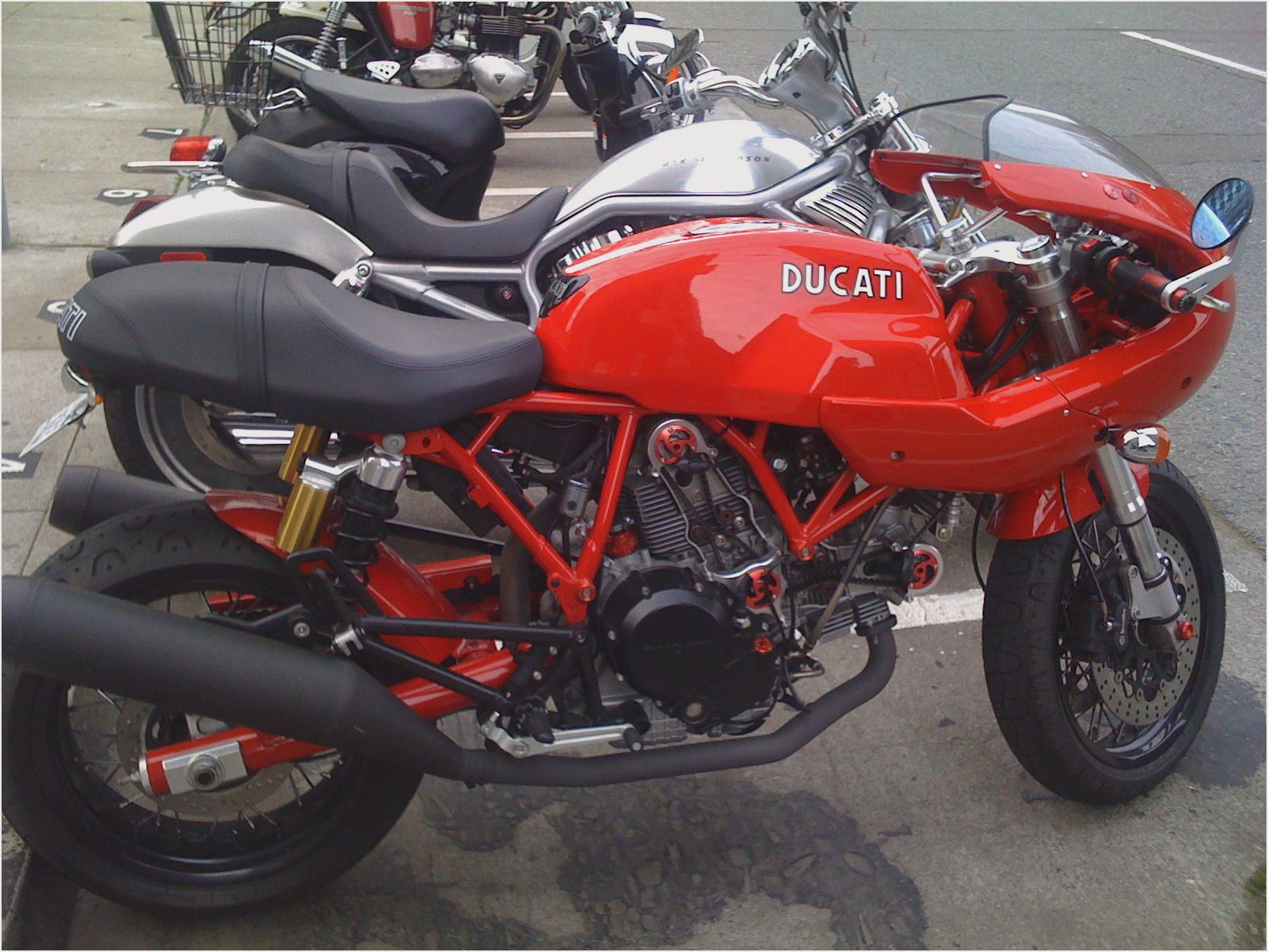 Ducati 800 Sport 2005 wallpapers #11582