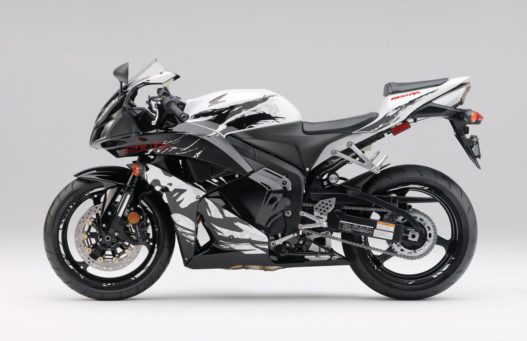 Honda Cbr 600 Rr Pics Specs And List Of Seriess By Year Onlymotorbikes Com