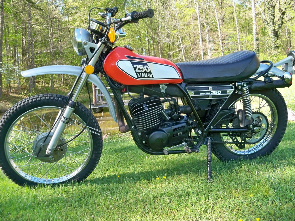 Yamaha DT 250 1973 images #90013