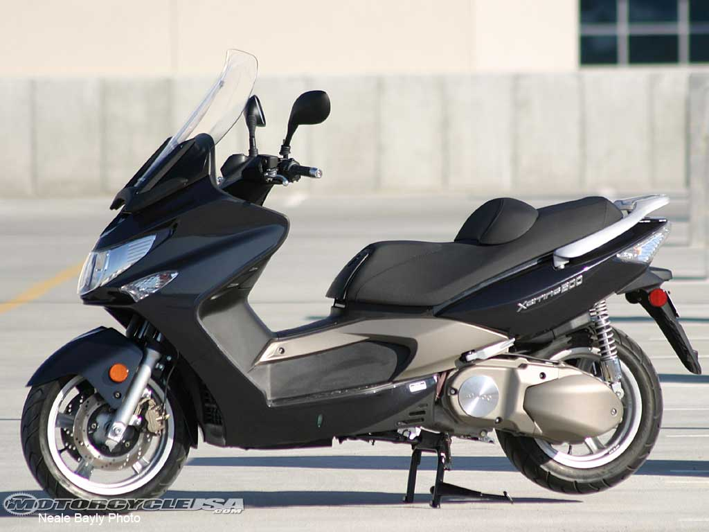 Kymco Xciting 500i 2010 images #102002