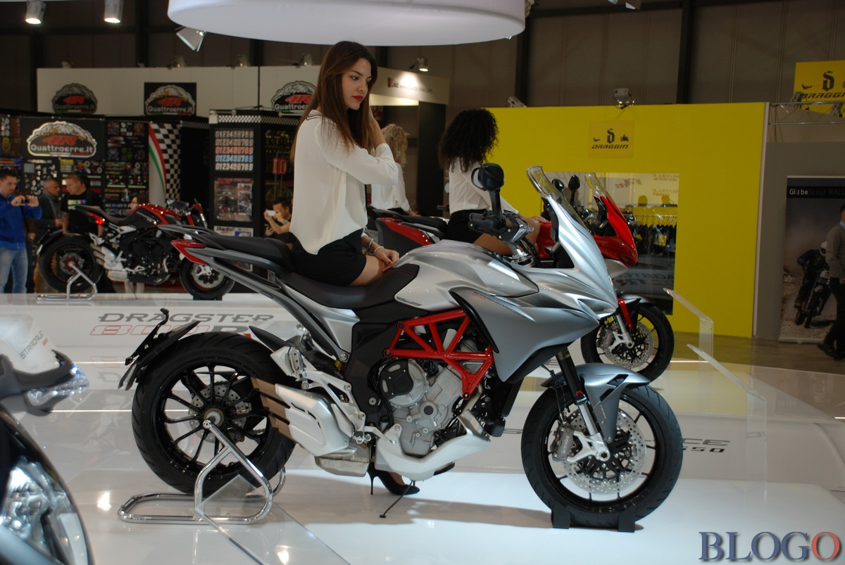 MV Agusta TurismoVeloce Lusso 800 2013 images #117211