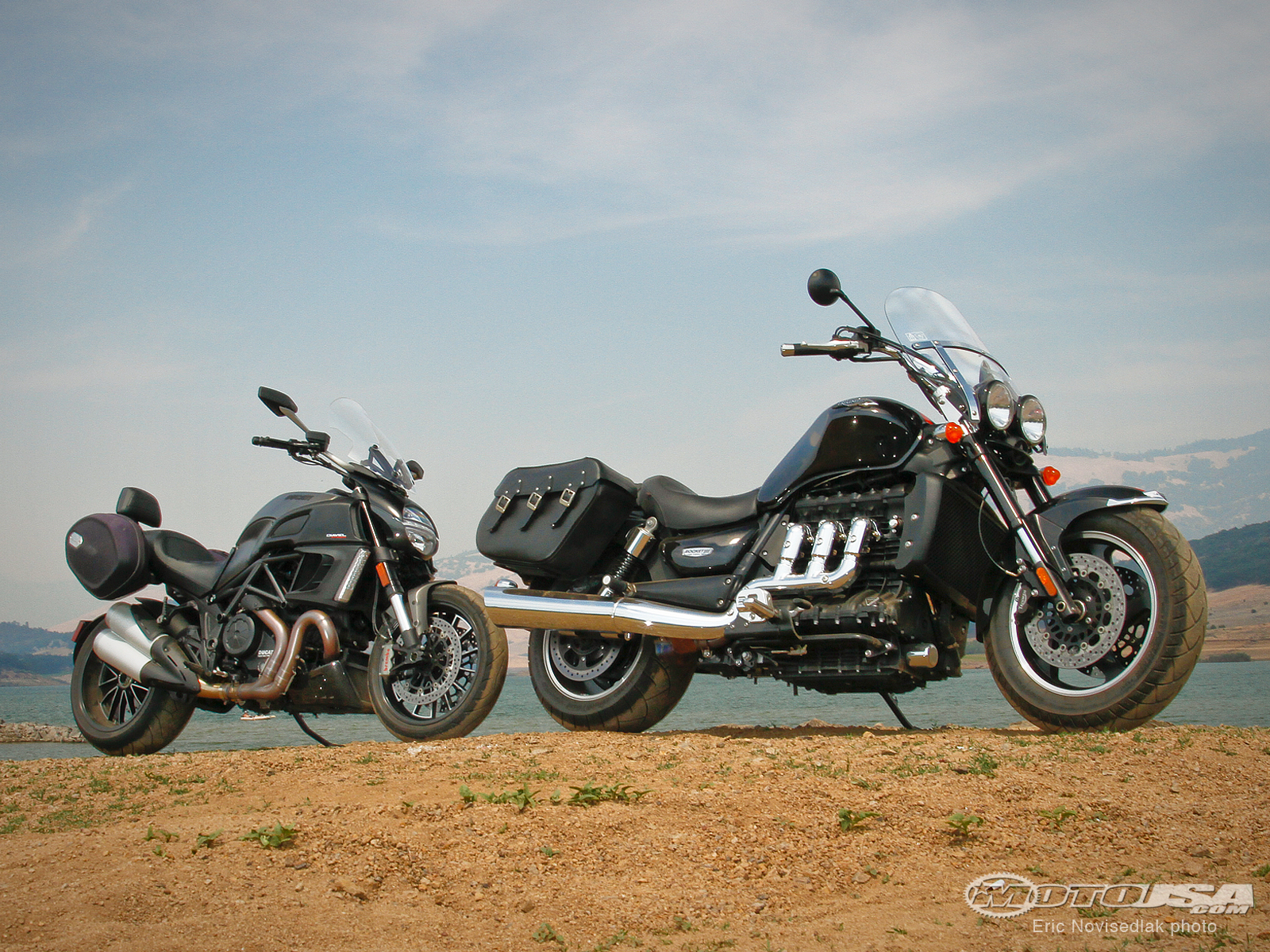 Triumph Rocket III Touring 2010 images #126291