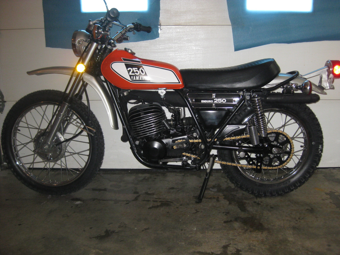 Yamaha DT 250 1973 images #90014