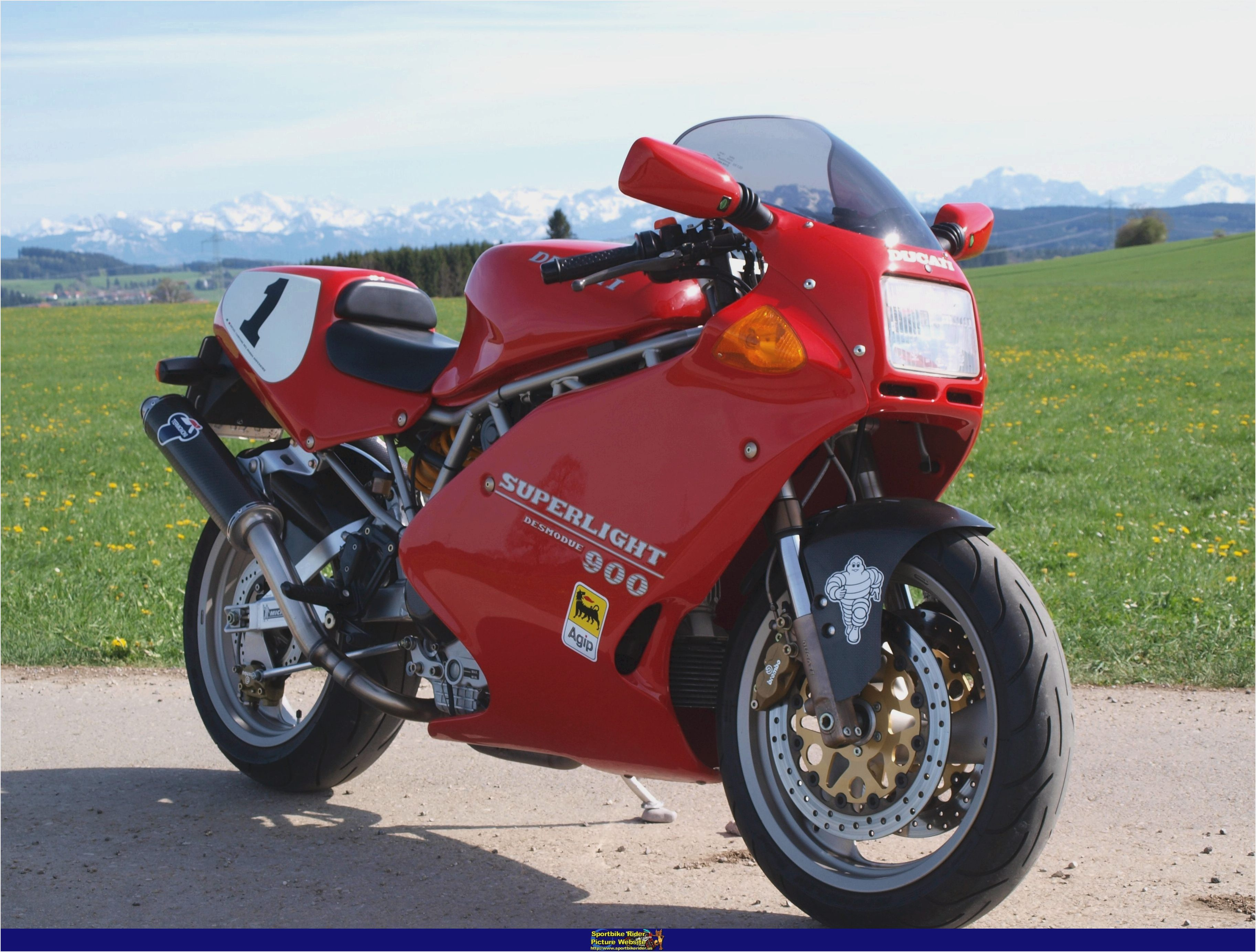 Ducati 750 SS 1998 wallpapers #11087