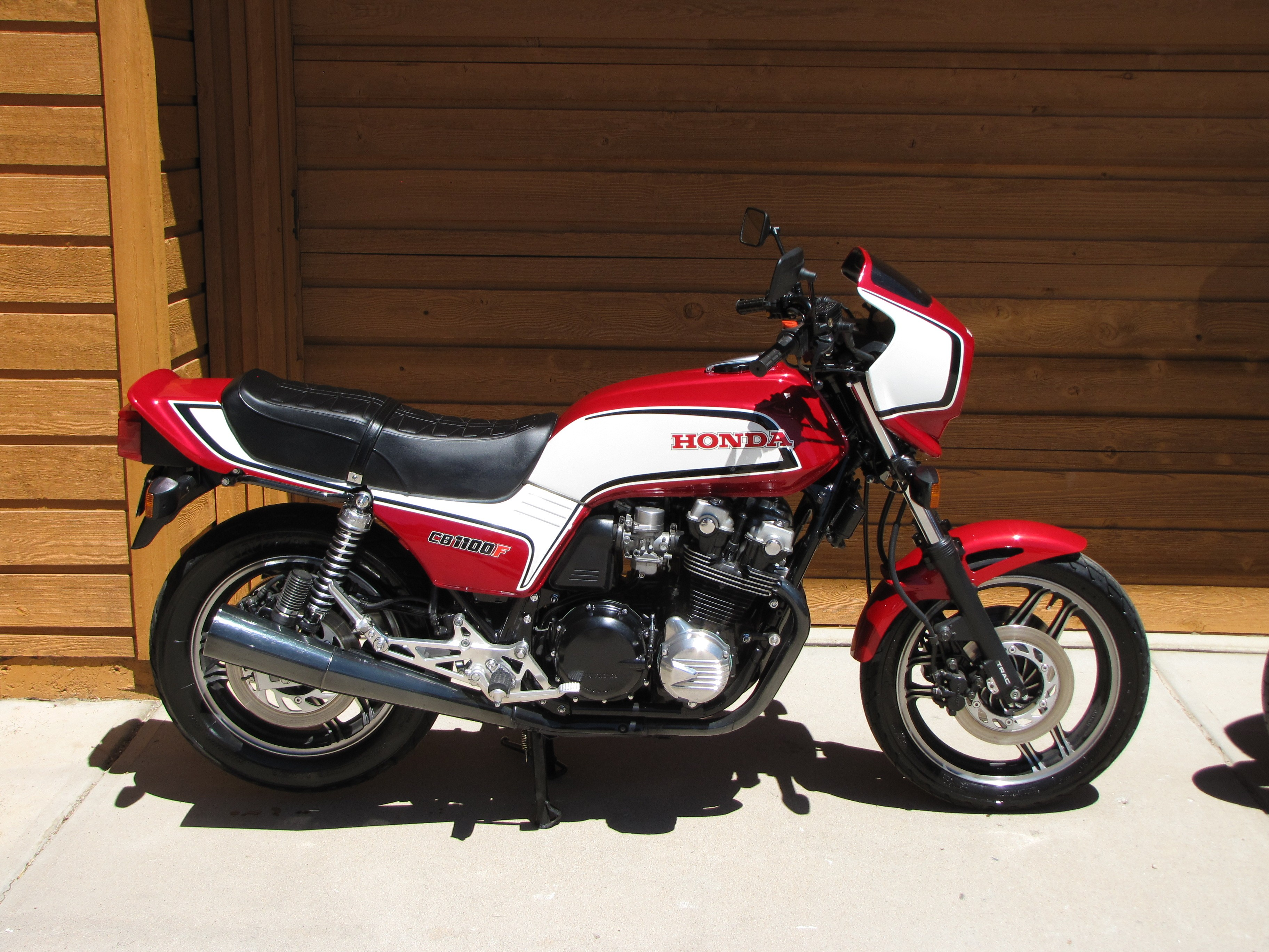 1983 honda cb 1100 f pics specs and information. Black Bedroom Furniture Sets. Home Design Ideas