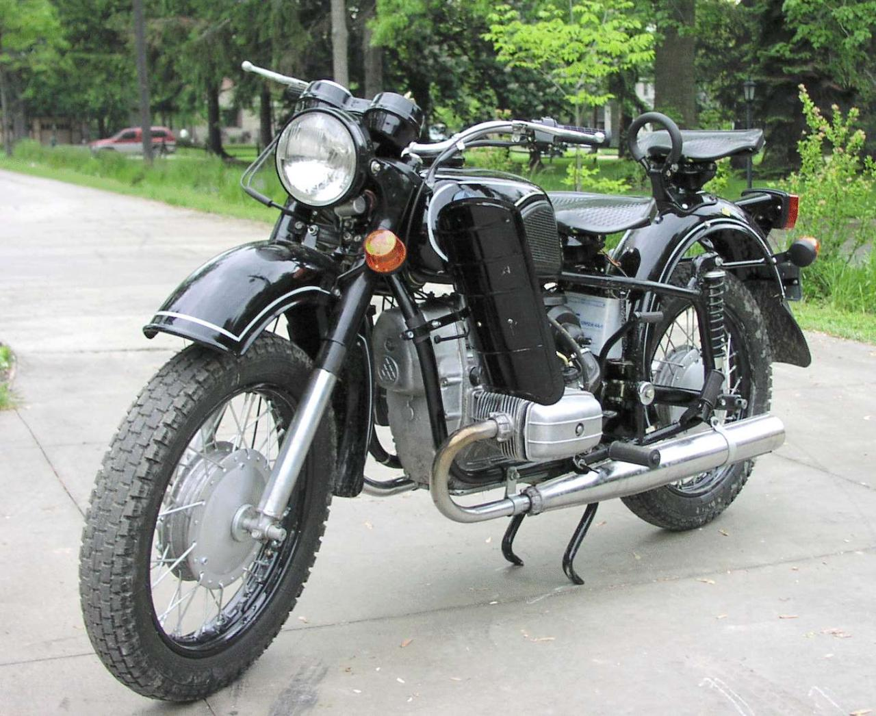 Dnepr MT 11 with sidecar images #94371