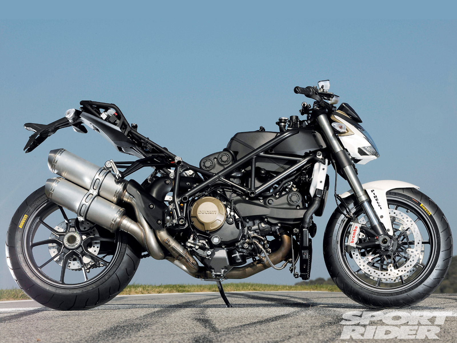 Ducati Streetfighter 2009 wallpapers #12977