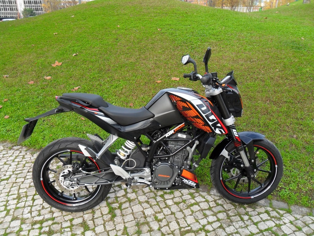 2013 ktm 125 duke abs pics specs and information. Black Bedroom Furniture Sets. Home Design Ideas