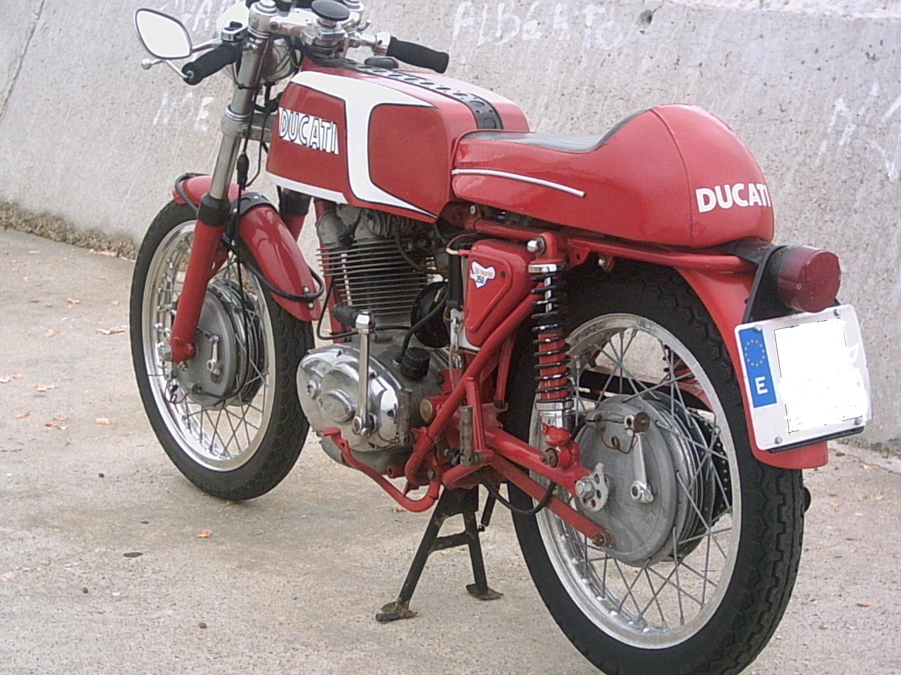 Ducati 250 Mark 3 D images #10196