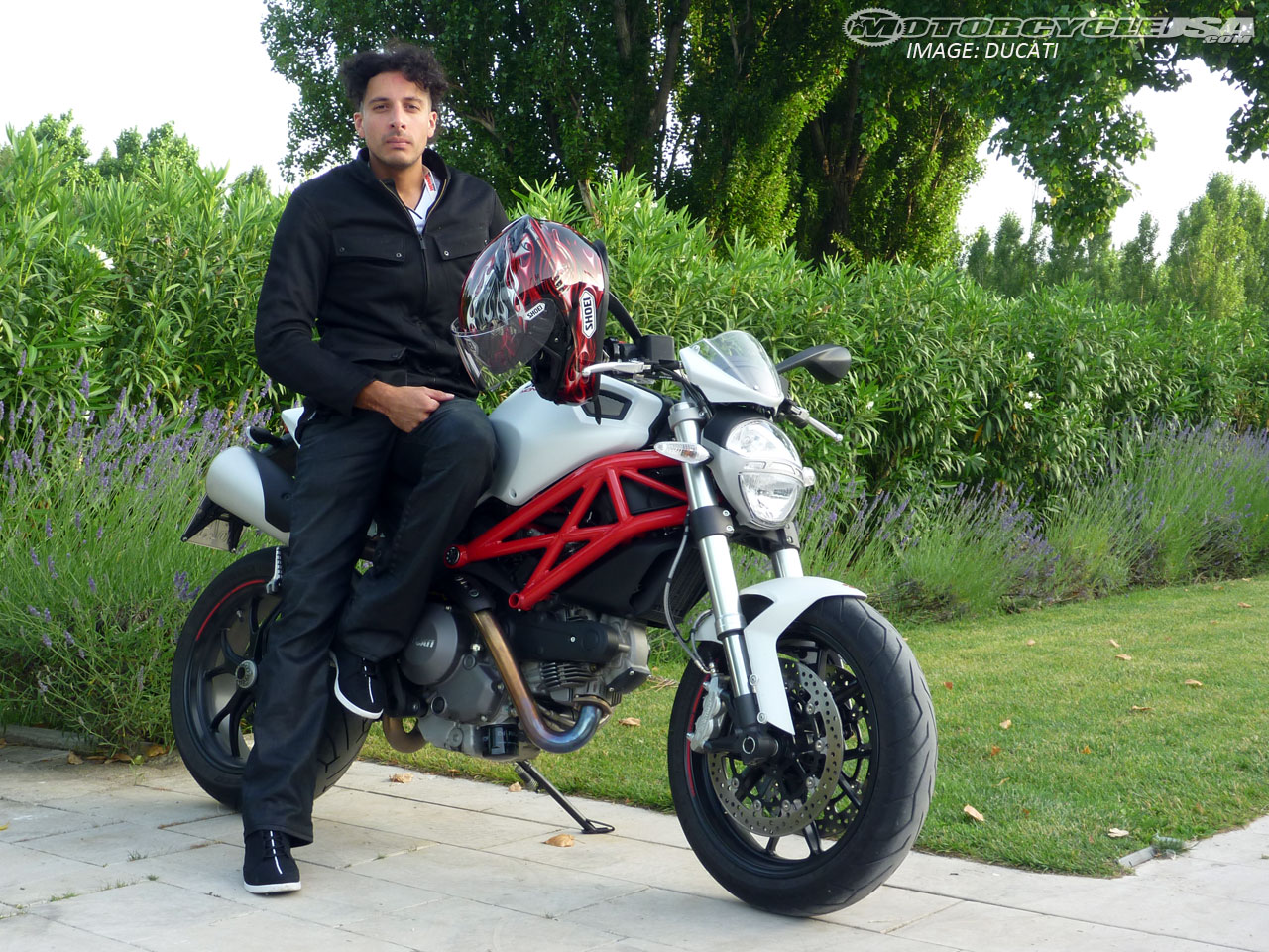 Ducati Hypermotard 796 images #79593