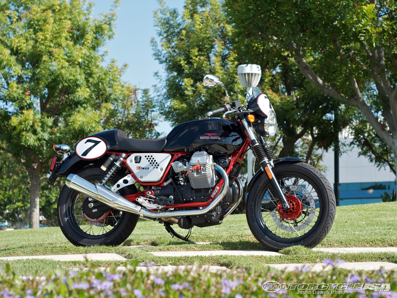 Moto Guzzi V7 Racer Limited Edition images #109592