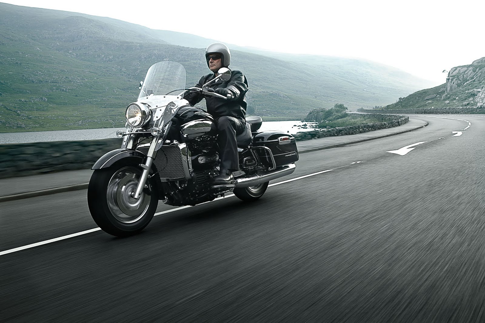 Triumph Rocket III Touring images #126294