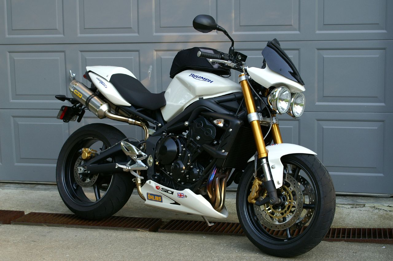 2009 Triumph Street Triple 675 Pics Specs And Information