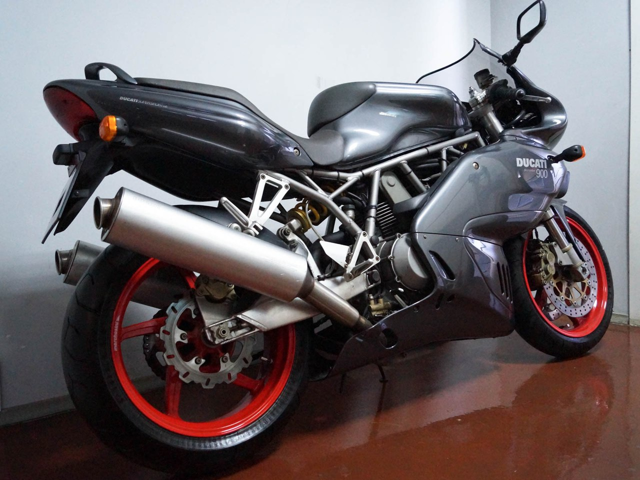 Ducati 900 Sport 2002 wallpapers #11189