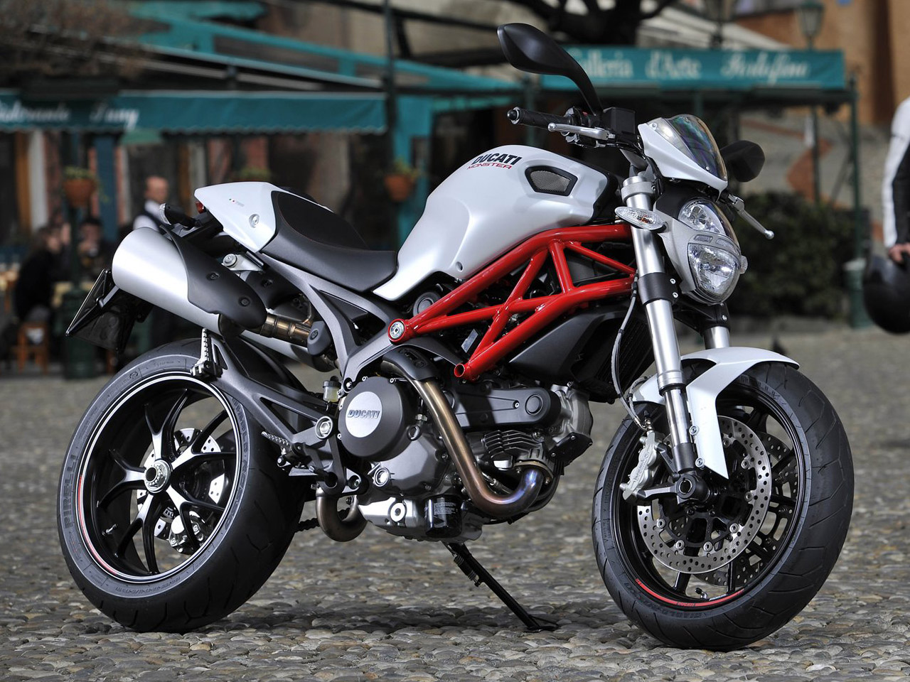Ducati Hypermotard 796 images #79594