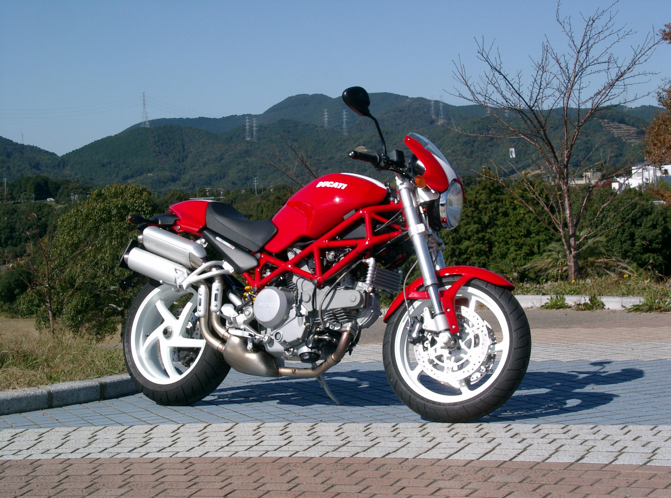 Ducati Monster 620 Dark 2006 wallpapers #12184