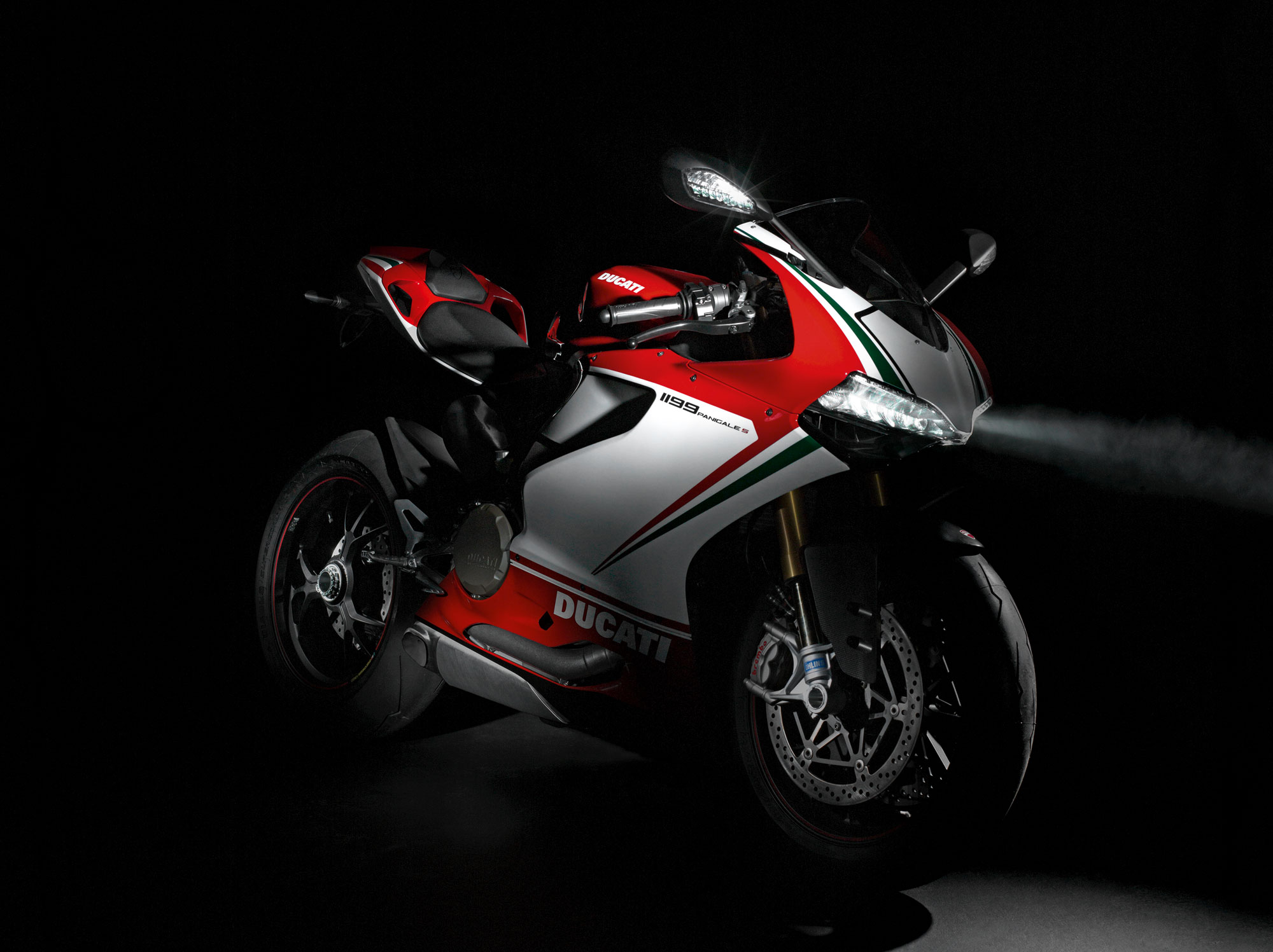 Ducati Superbike 1199 Panigale S 2013 wallpapers #13378
