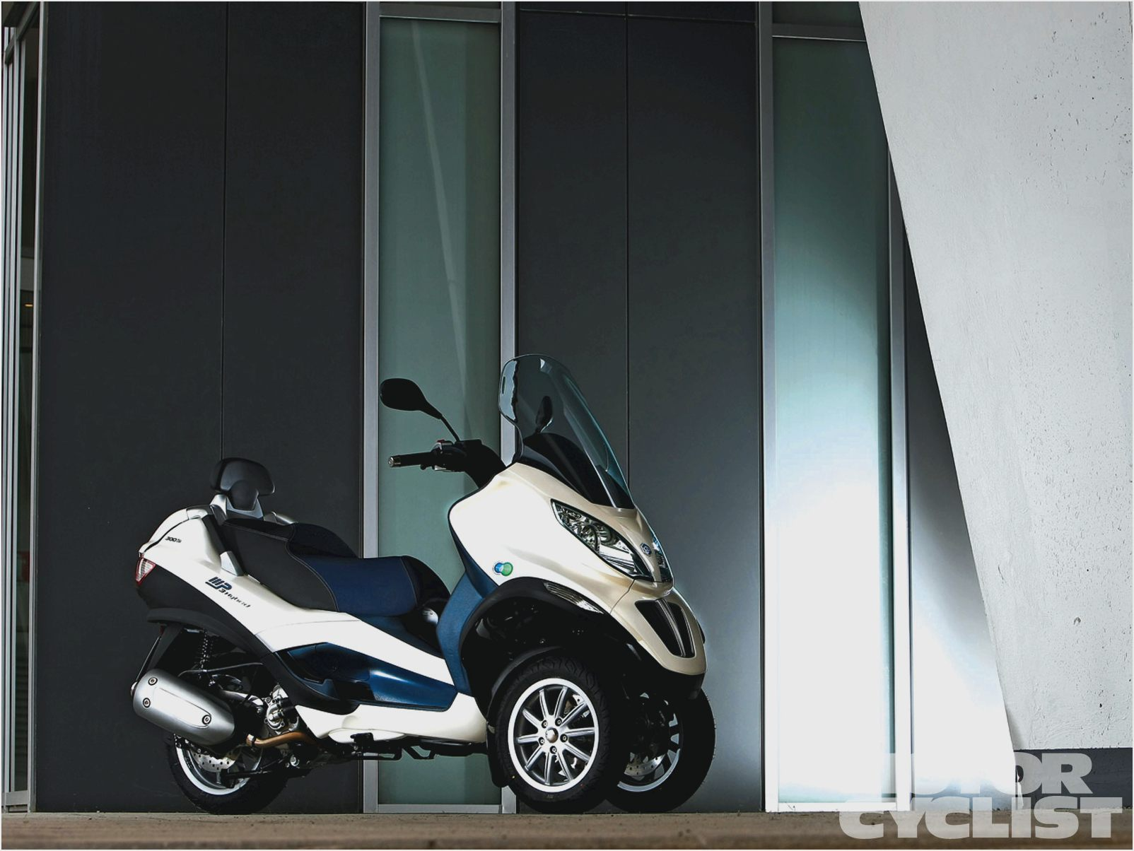 Piaggio MP3 Touring 125 images #120335