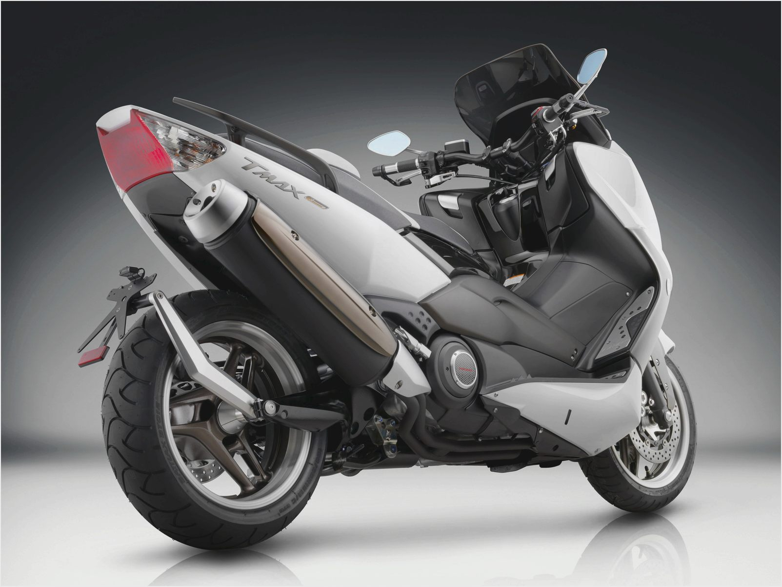 2009 yamaha tmax pics specs and information. Black Bedroom Furniture Sets. Home Design Ideas