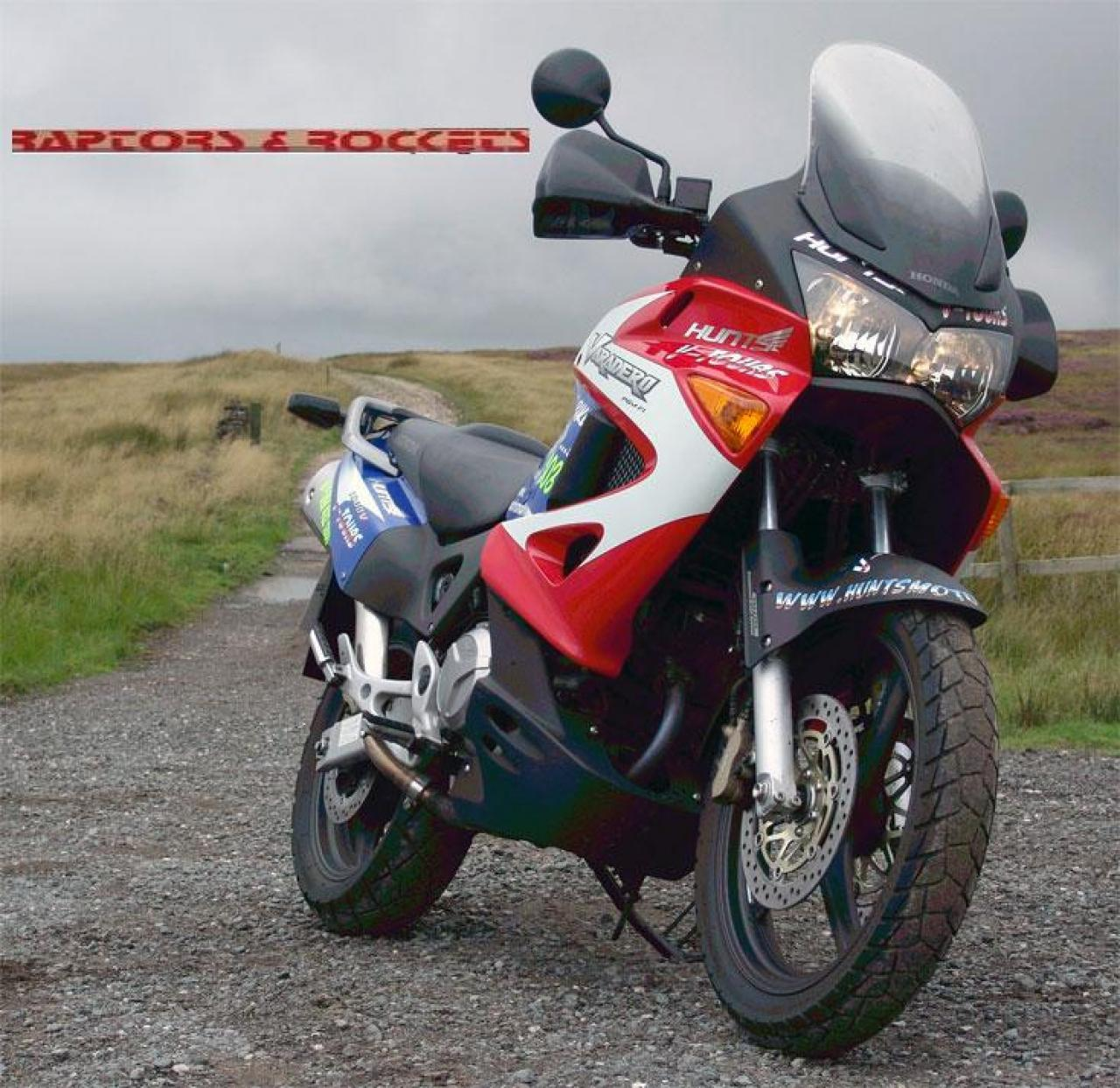 Aprilia ETV 1000 Caponord 2006 wallpapers #22320