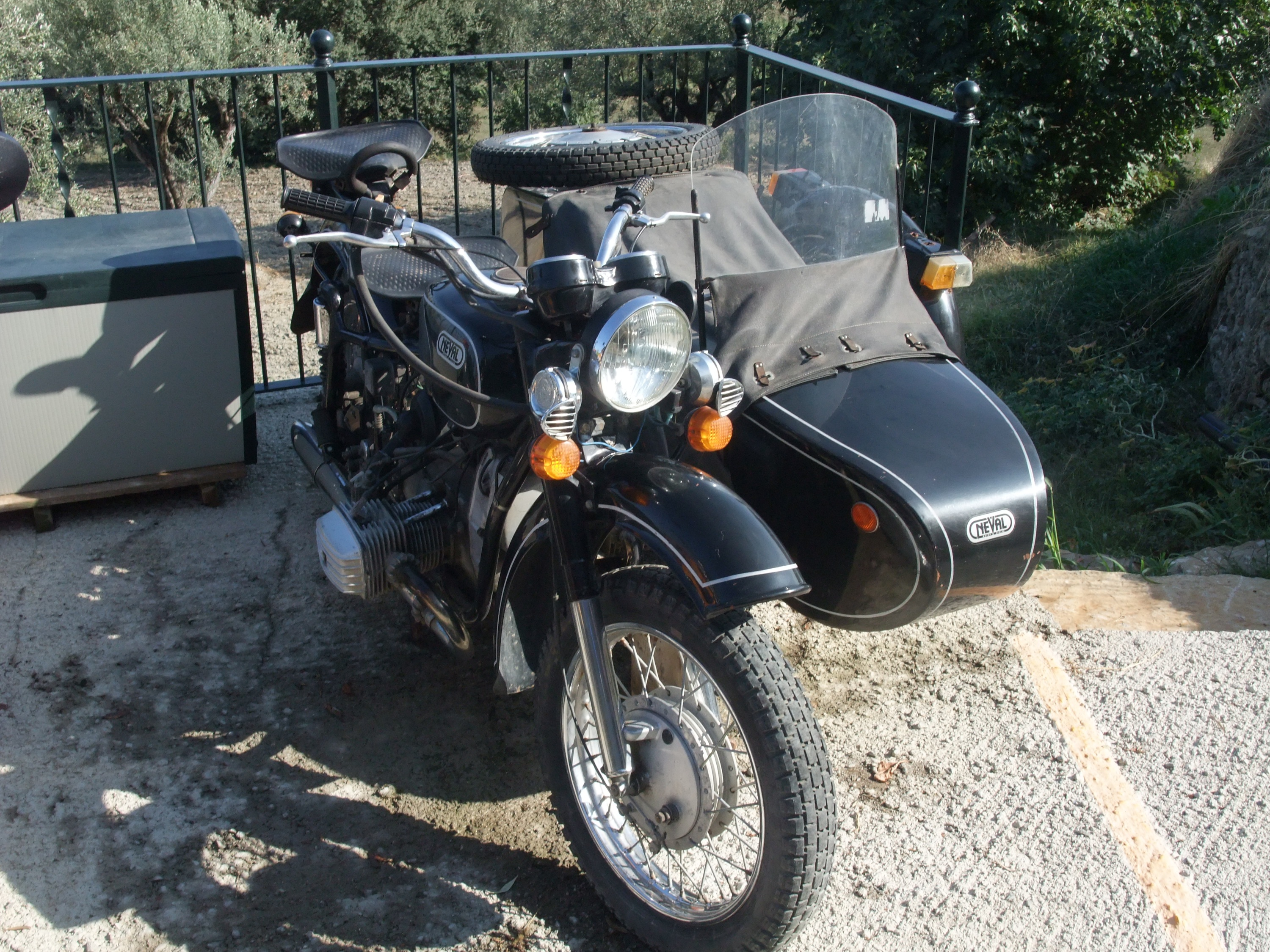 Dnepr MT 11 with sidecar 1992 images #153828
