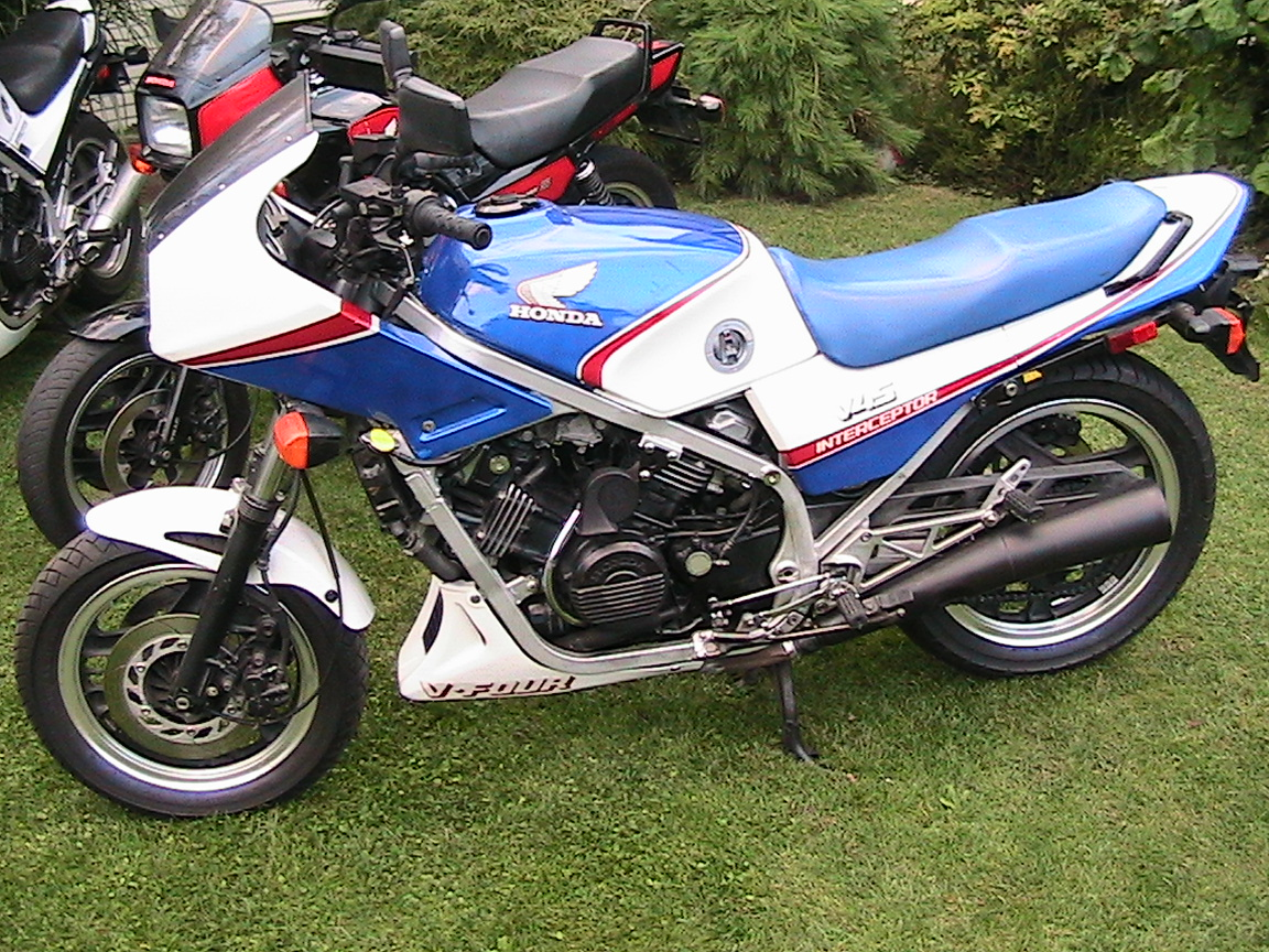 1987 honda vf 750 c pics specs and information. Black Bedroom Furniture Sets. Home Design Ideas