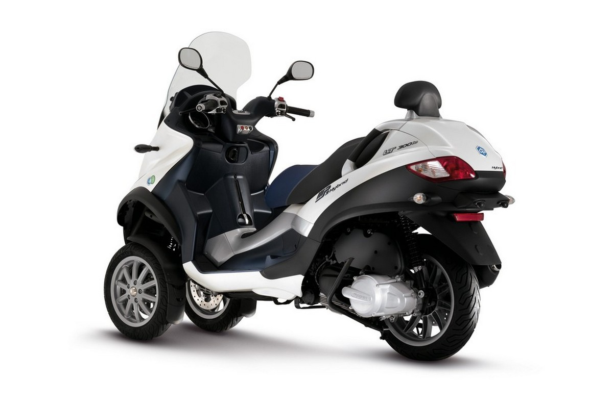 Piaggio MP3 300 Hybrid 2010 images #120153
