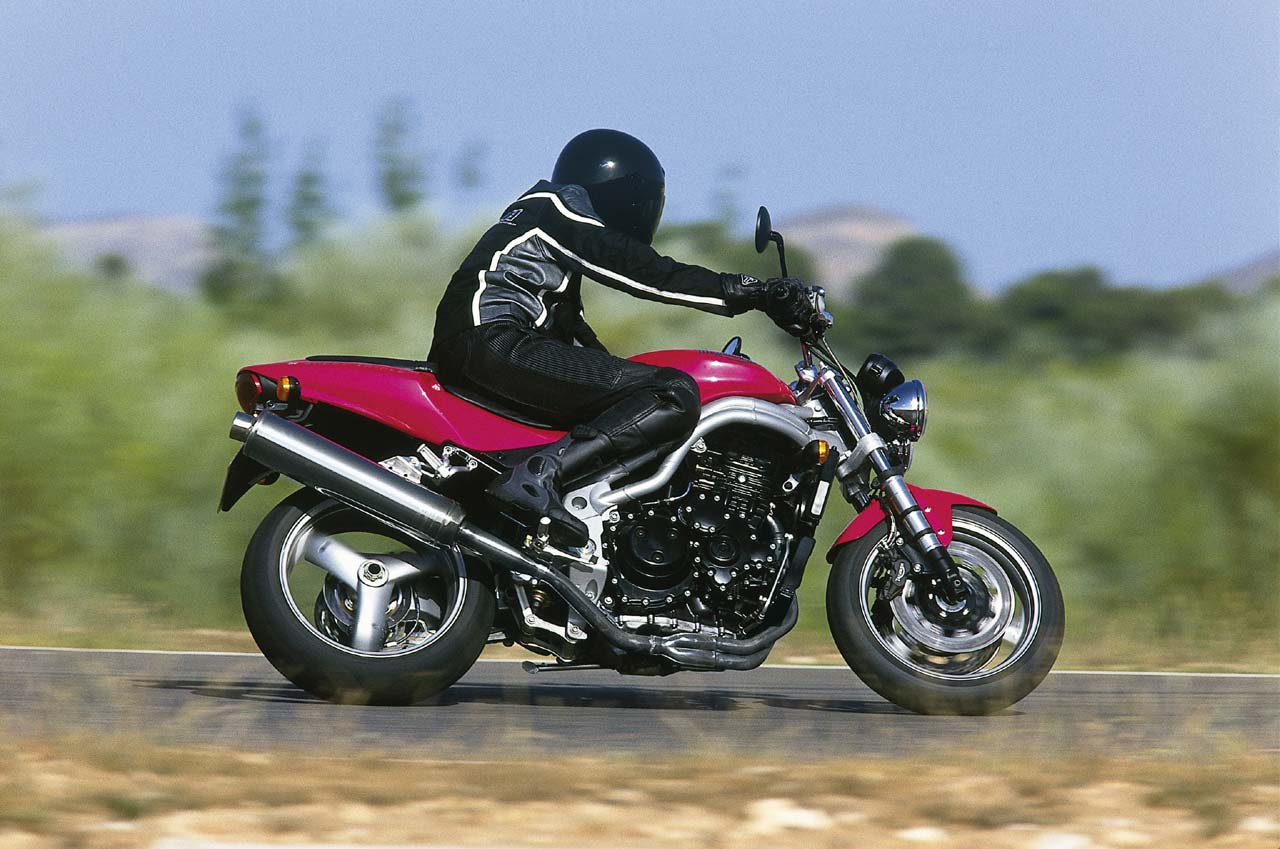 Triumph Speed Triple 955 2001 wallpapers #130526