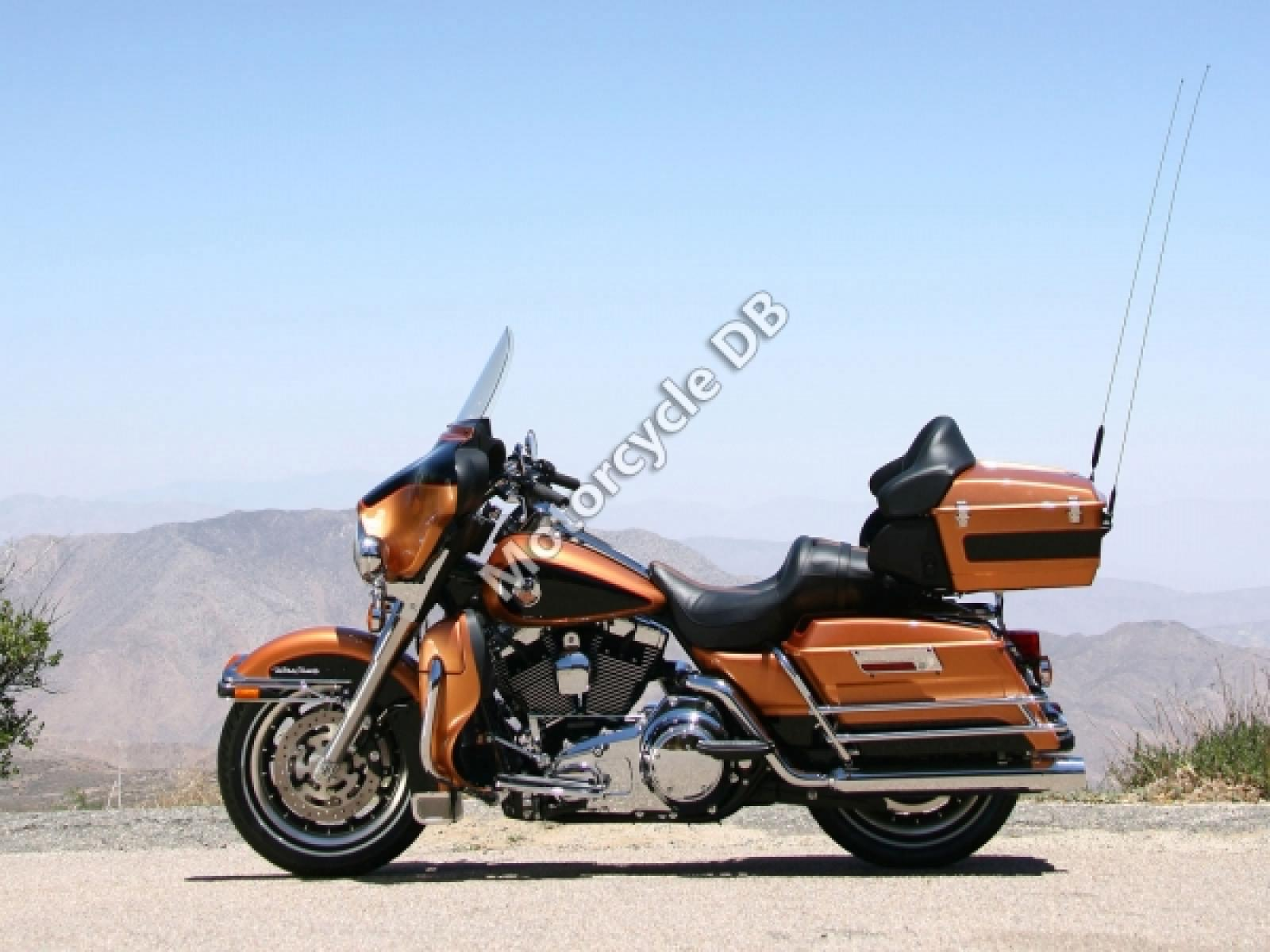 Harley-Davidson FLTCU Tour Glide Ultra Classic 1990 wallpapers #133405