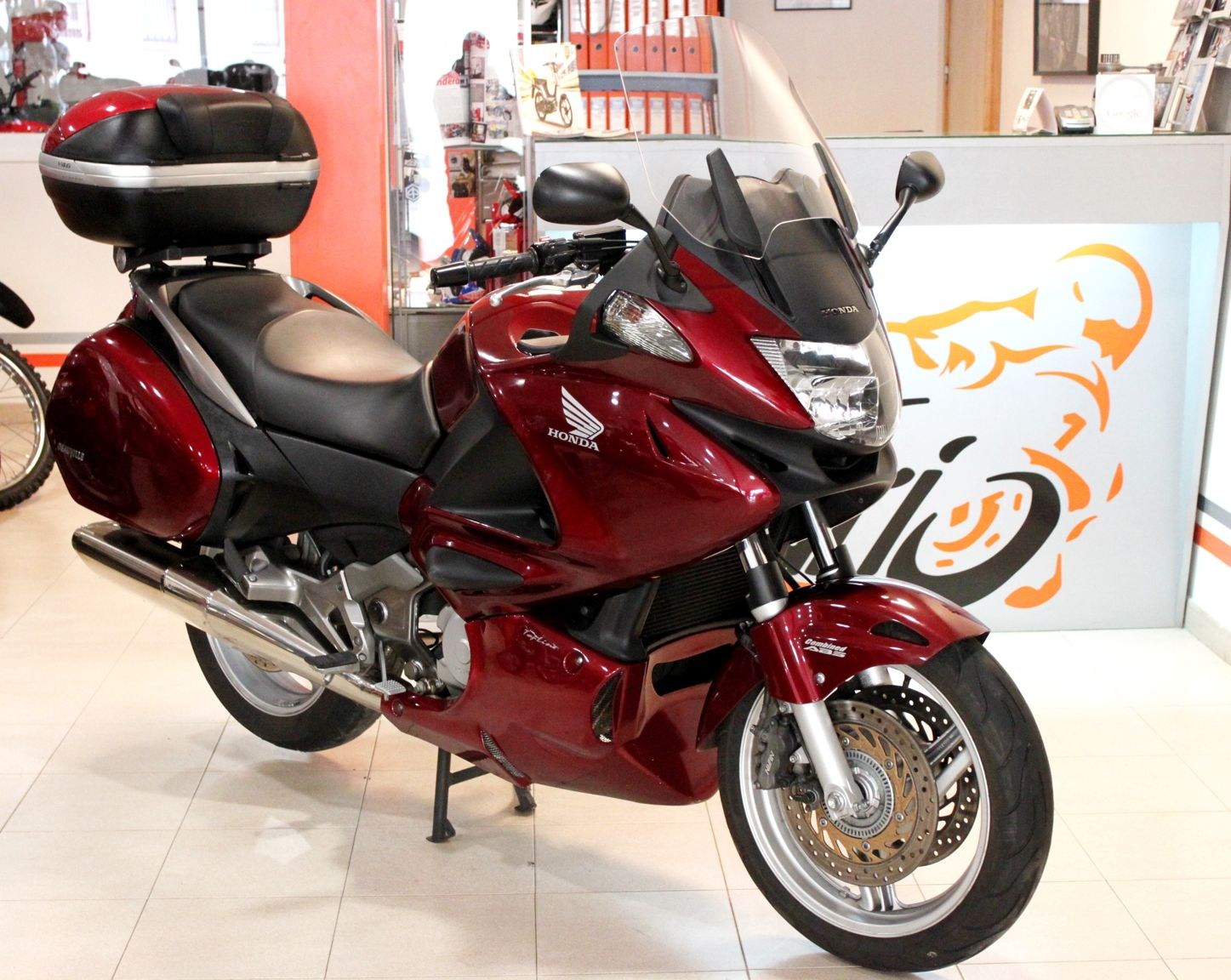 honda nt 700 v pics specs and list of seriess by year. Black Bedroom Furniture Sets. Home Design Ideas