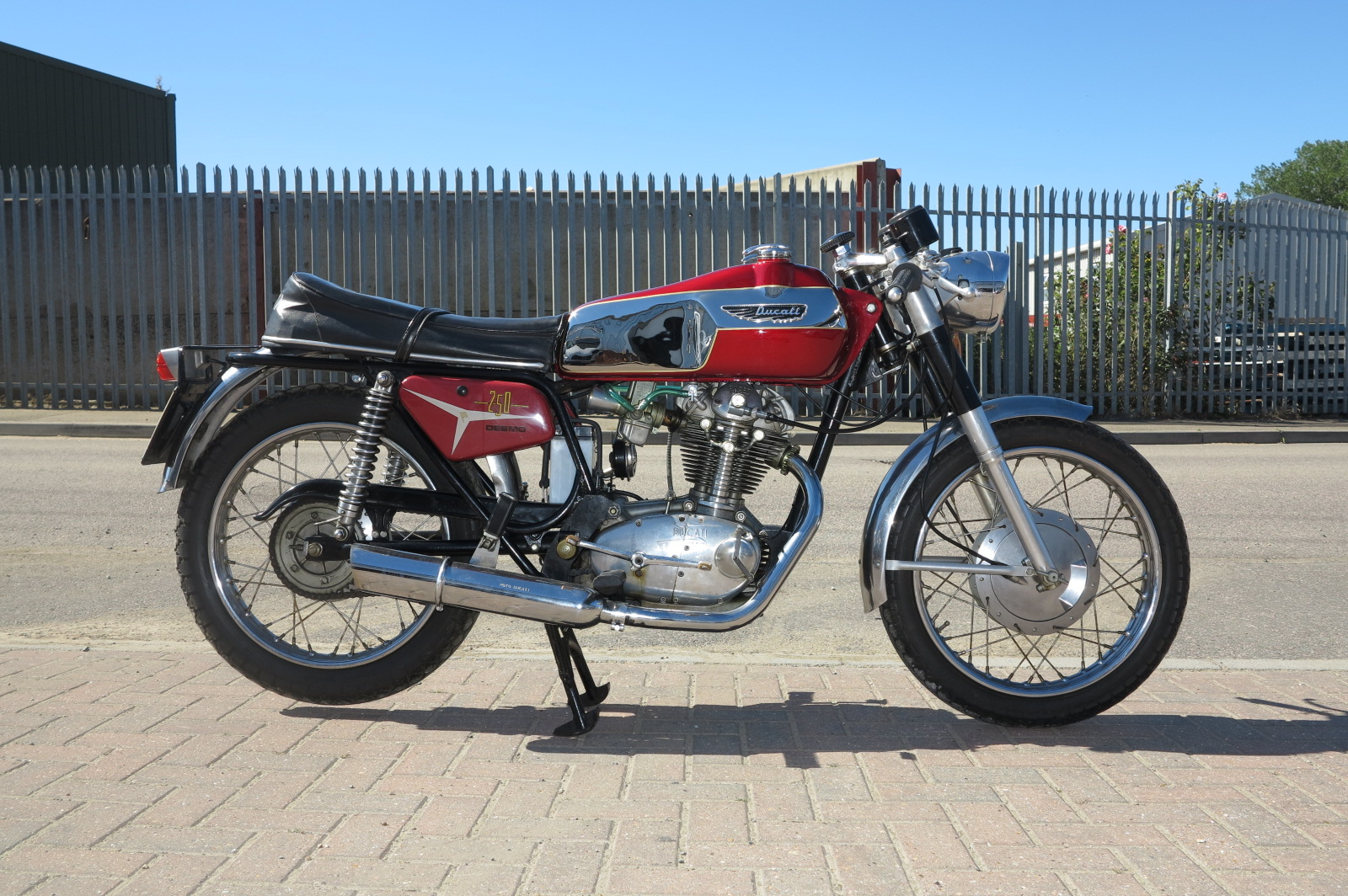 Ducati 250 Mark 3 D images #10200