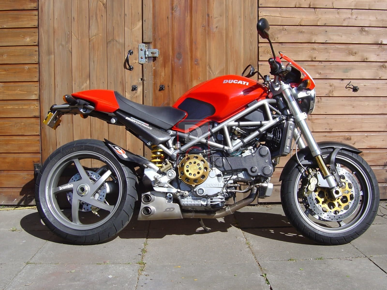 Ducati Monster S2R 800 2004 wallpapers #11790