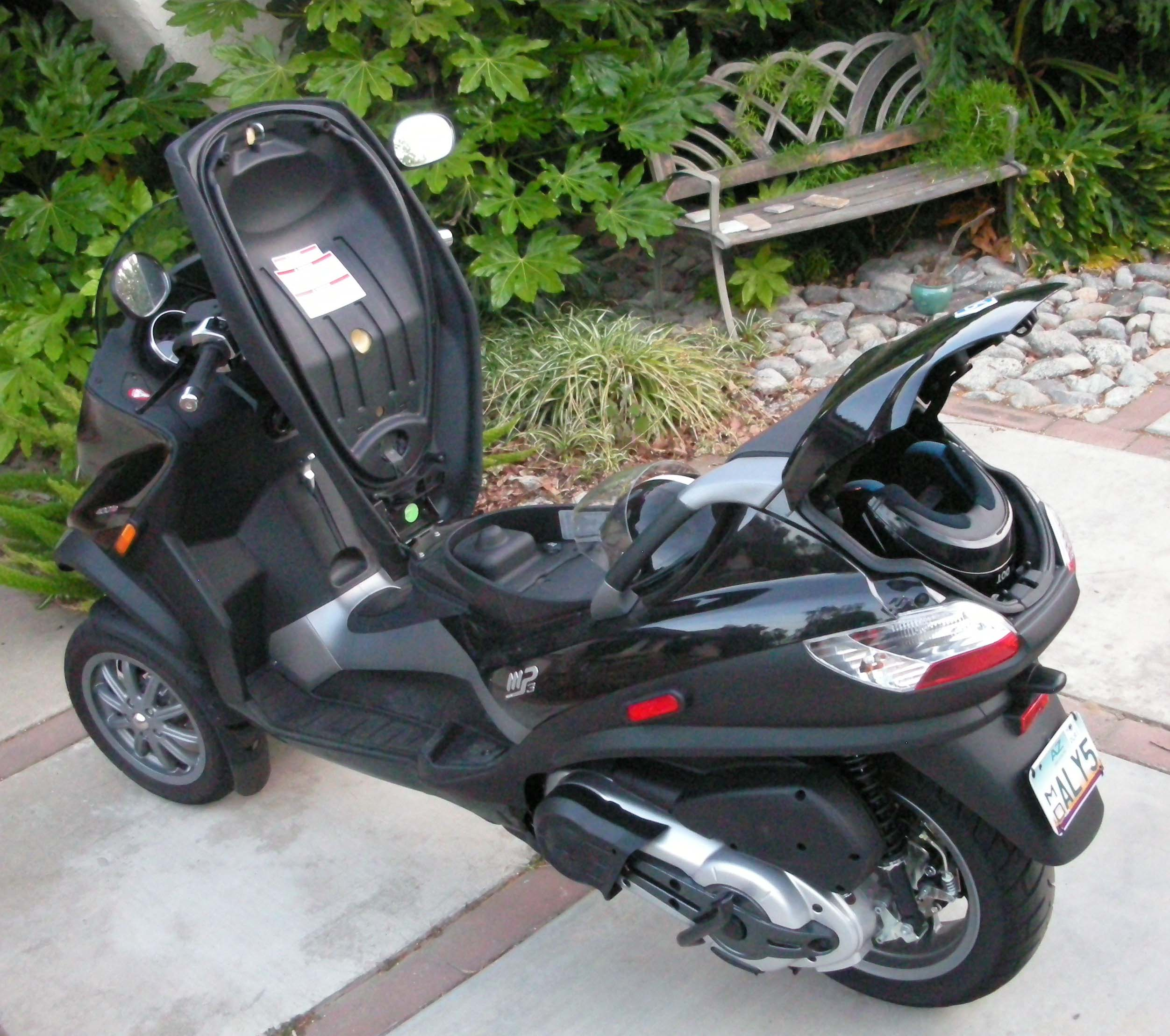 Piaggio MP3 400 images #120056