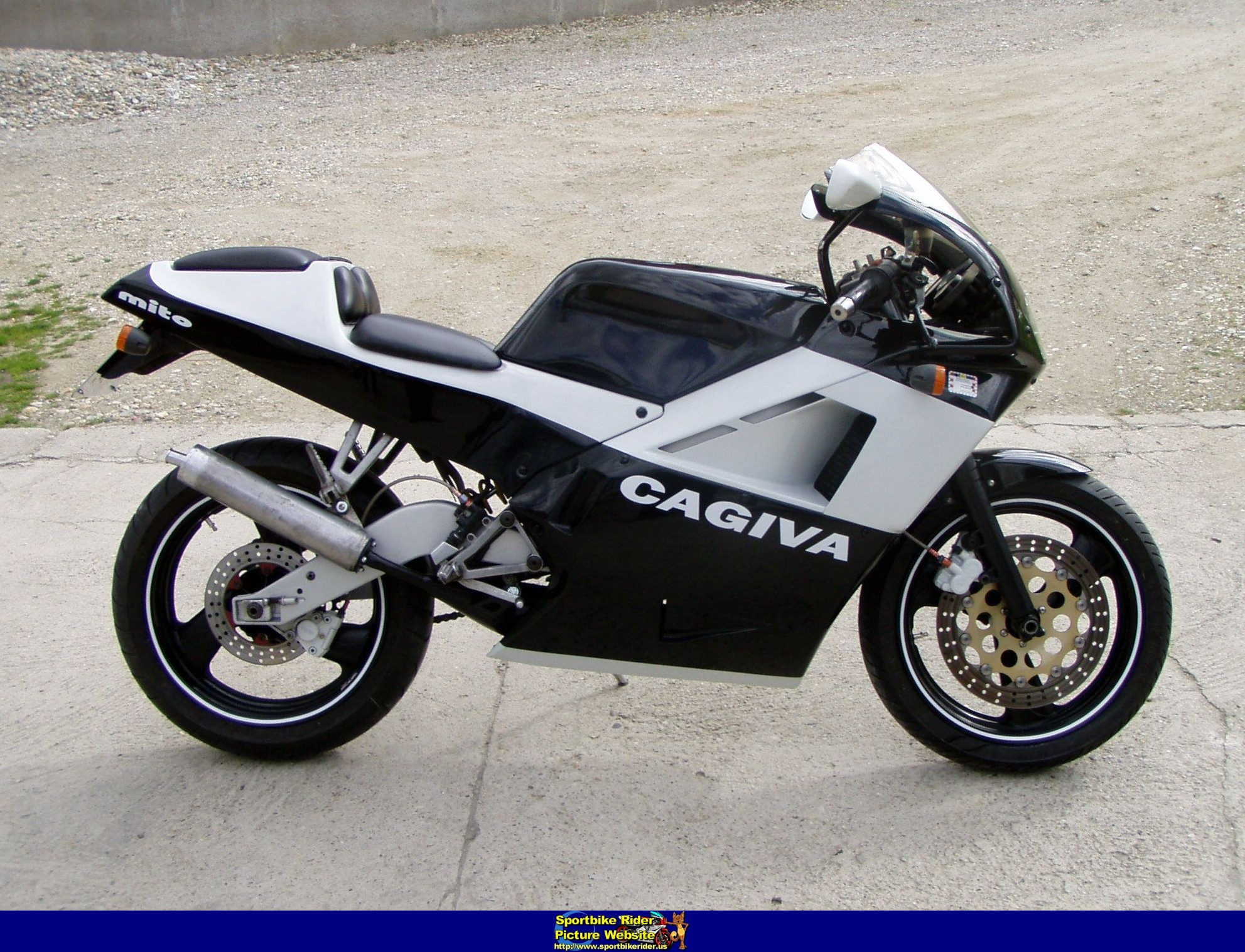 1991 cagiva mito 125 pics specs and information. Black Bedroom Furniture Sets. Home Design Ideas