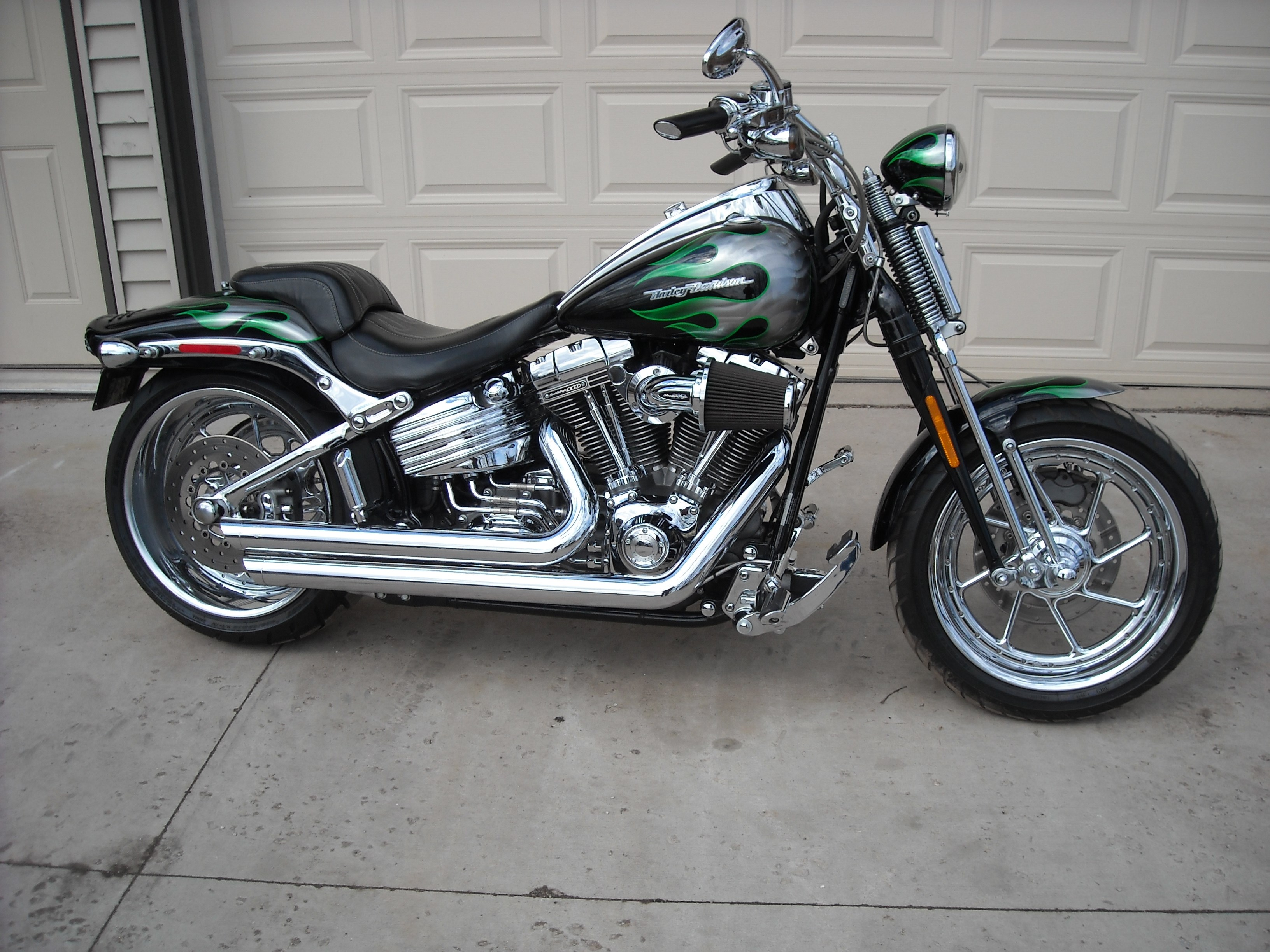 Back download harley davidson fxstsse screamin eagle softail springer picture 17 size 3264x2448 next