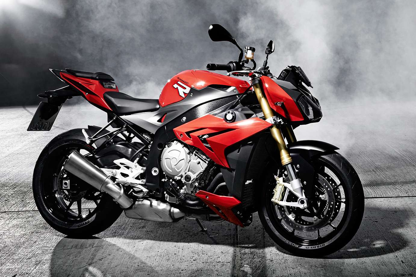 Bmw S 1000 R Pics Specs And List Of Seriess By Year