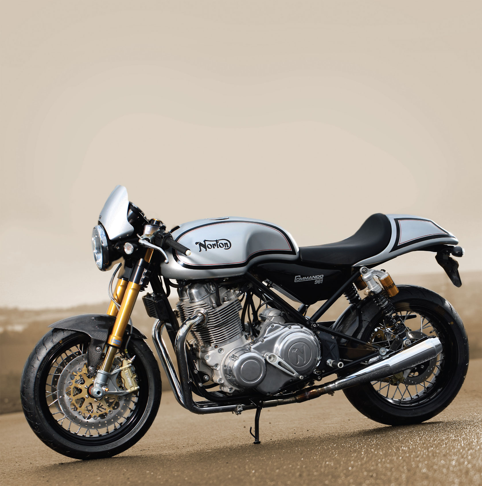 Norton Commando 961 Se Pics Specs And List Of Seriess By Year Onlymotorbikes Com