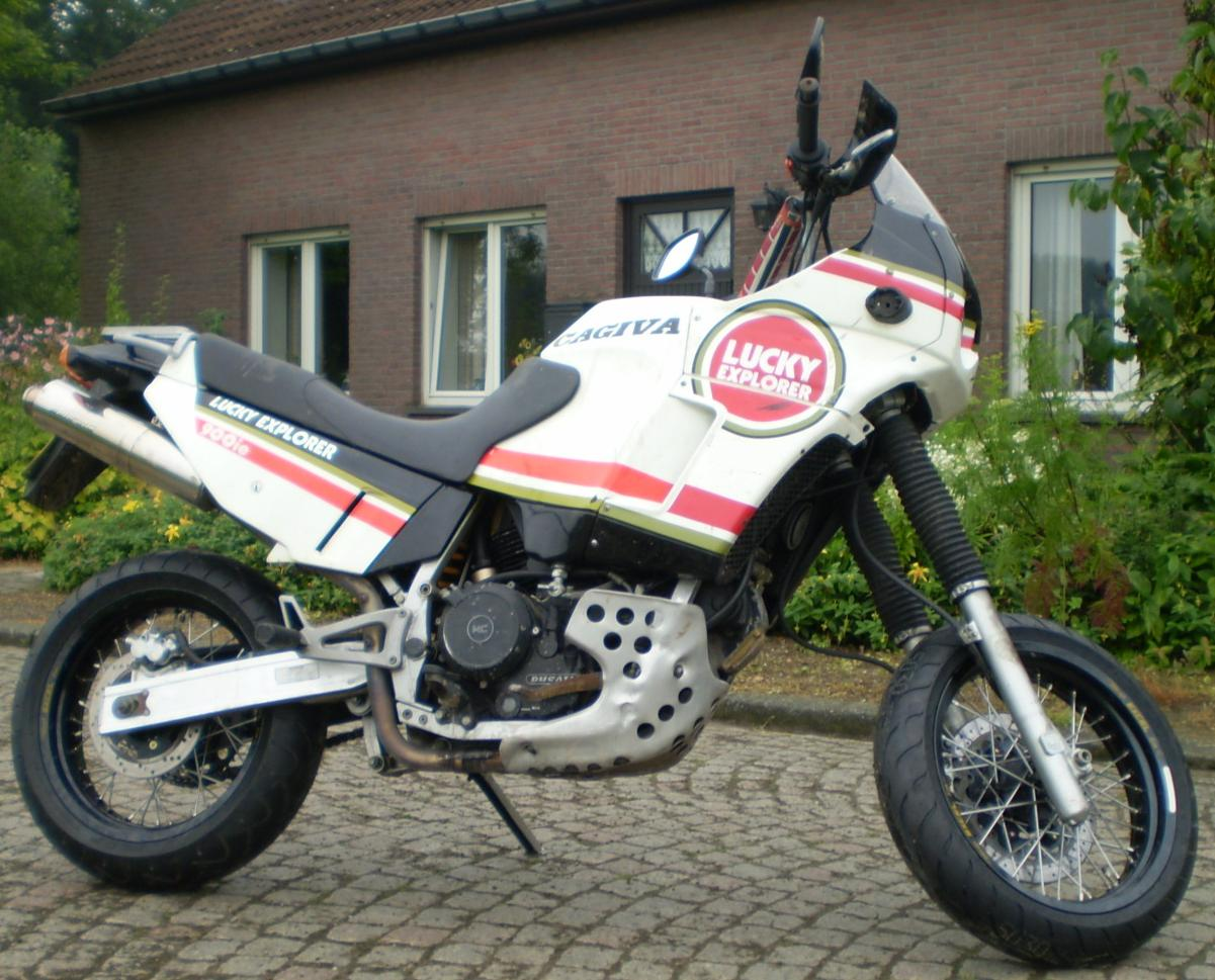 Cagiva Elefant 900 IE Lucky Strike images #69017