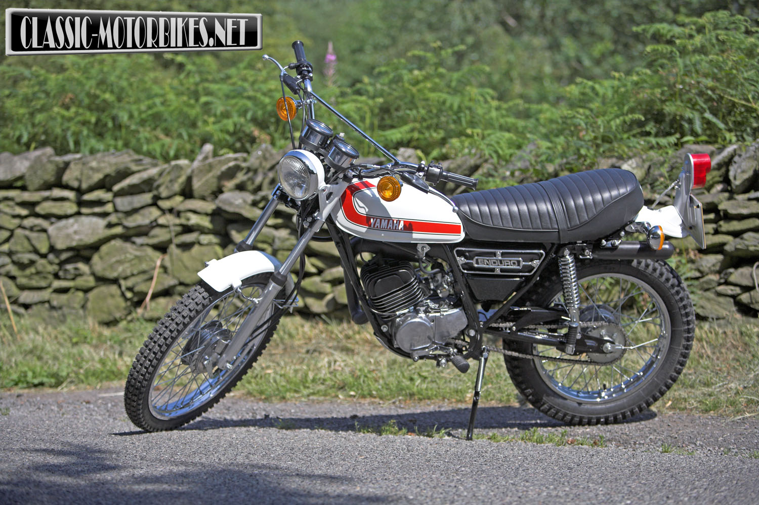 Yamaha DT 175 1974 images #90024