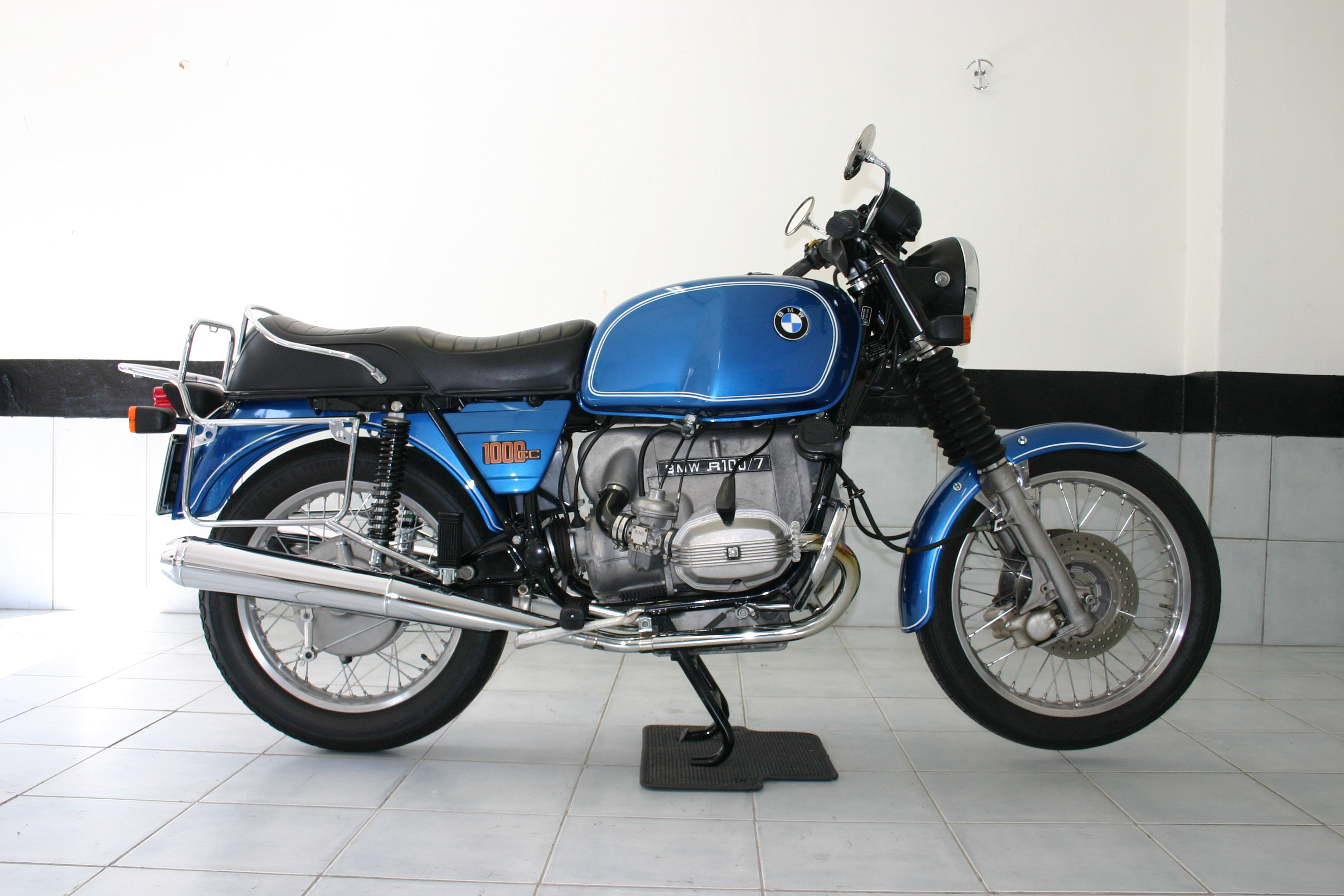 1977 bmw r100 7 pics specs and information. Black Bedroom Furniture Sets. Home Design Ideas