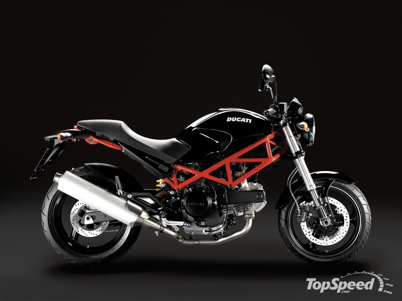 Ducati Monster 695 2007 wallpapers #20240