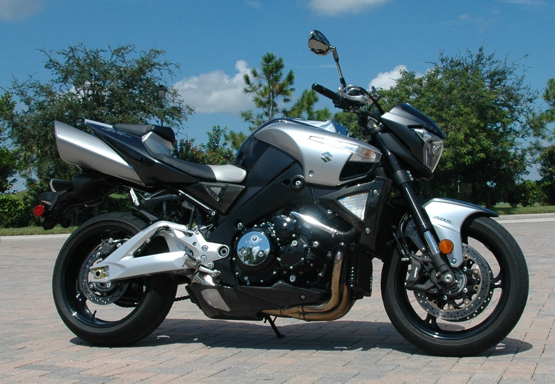 2009 suzuki b king abs pics specs and information. Black Bedroom Furniture Sets. Home Design Ideas