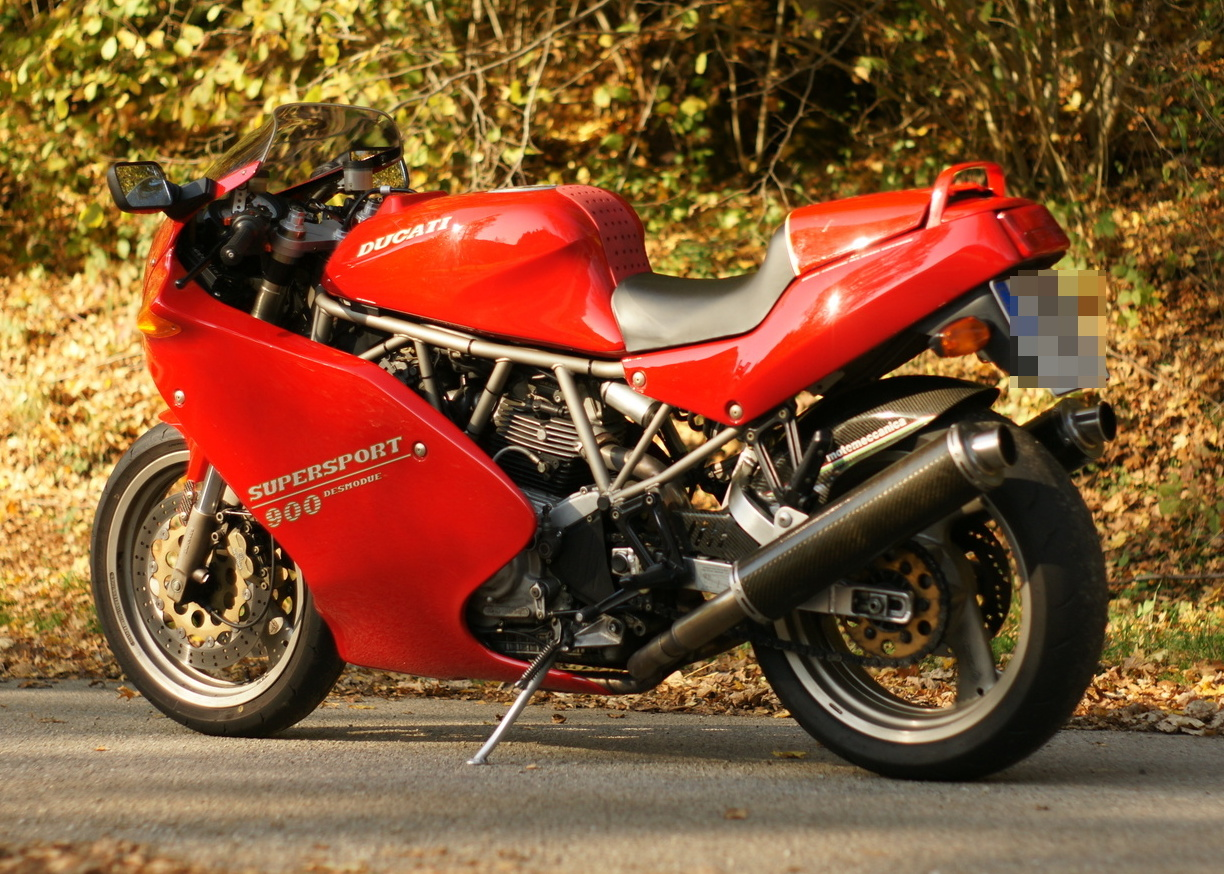 Ducati 900 SS Carenata 2001 wallpapers #11097