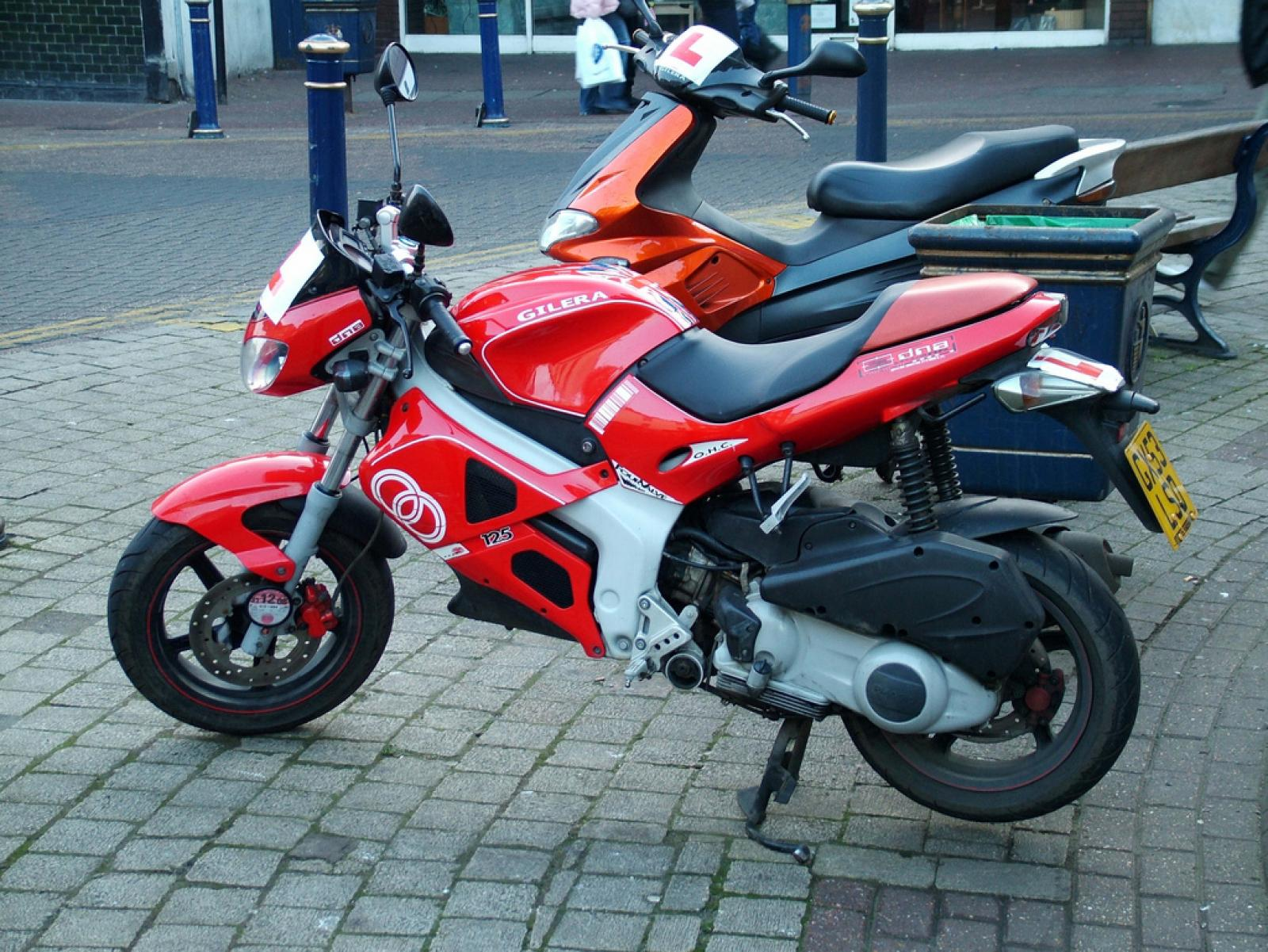 Gilera DNA 125 2002 images #96069