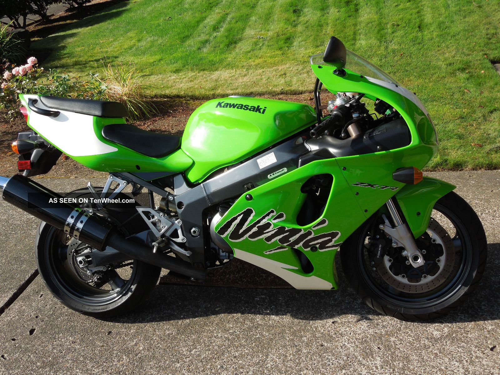 1999 Kawasaki Ninja ZX-7R: pics, specs and information